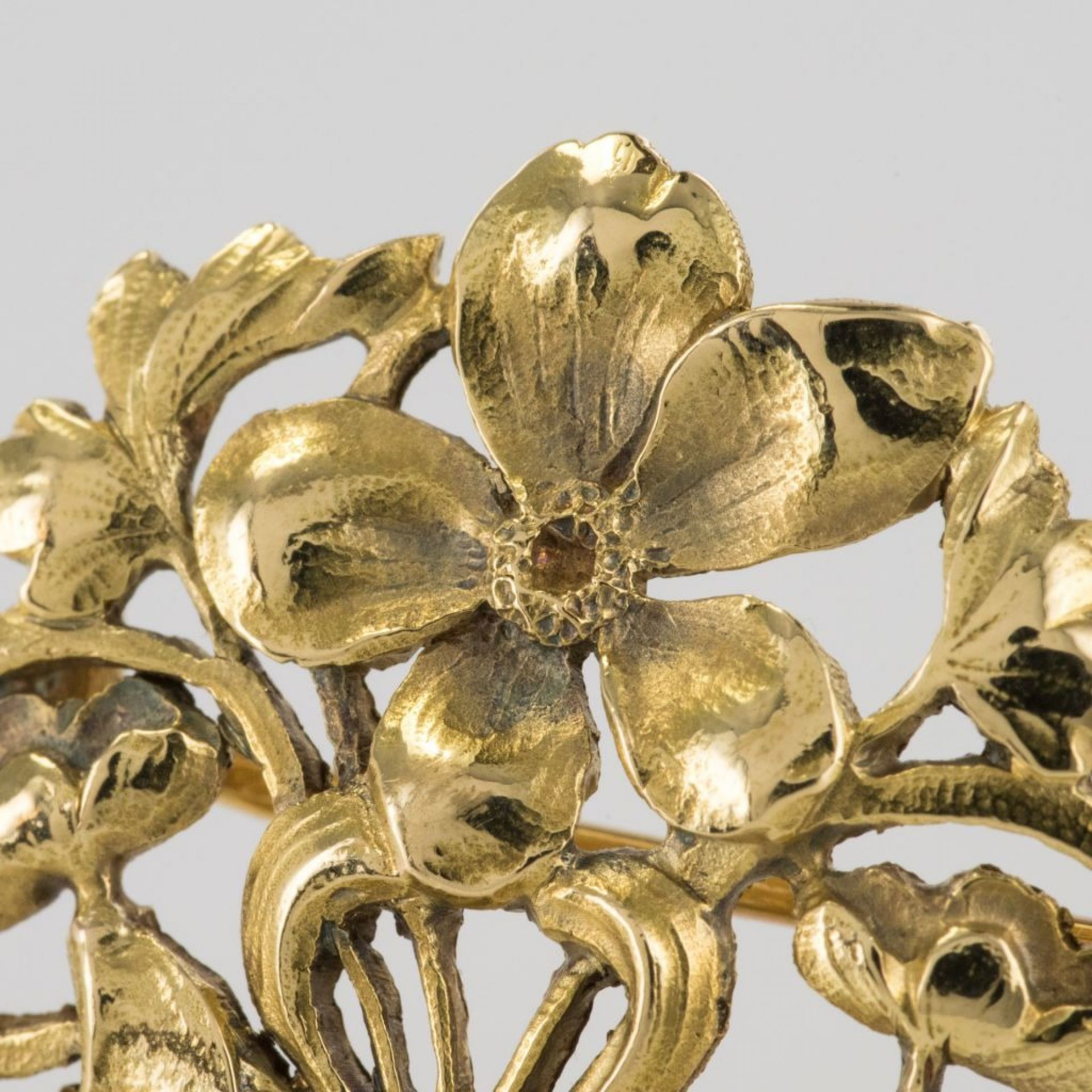 Old gold Art Nouveau brooch