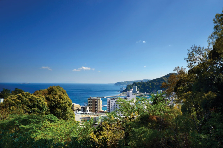 HILLTOP HIDEAWAY, ATAMI, SHIZUOKA, JAPAN