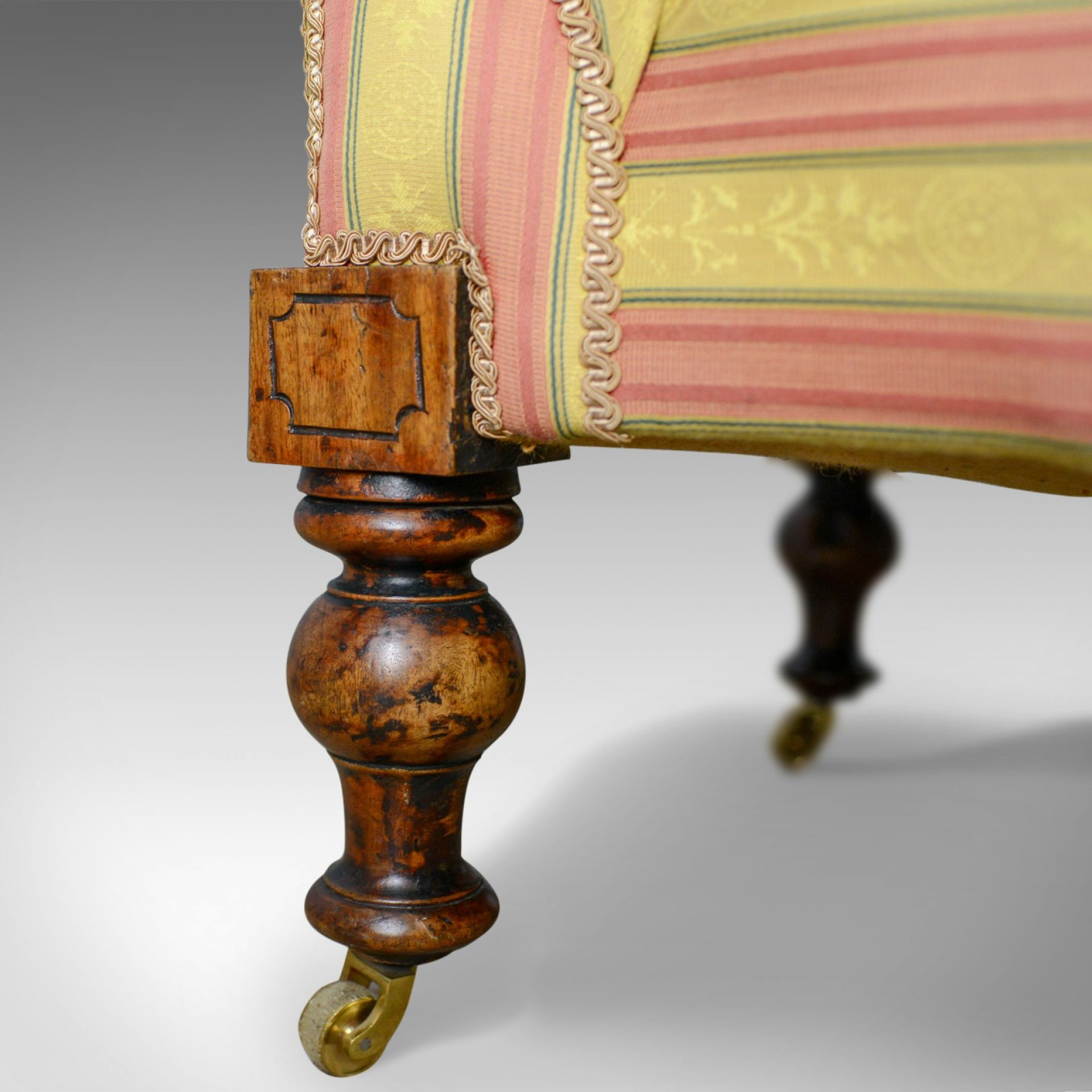 Antique Chaise Longue, English, Victorian, Scroll-End Day Bed, Mahogany c.1870