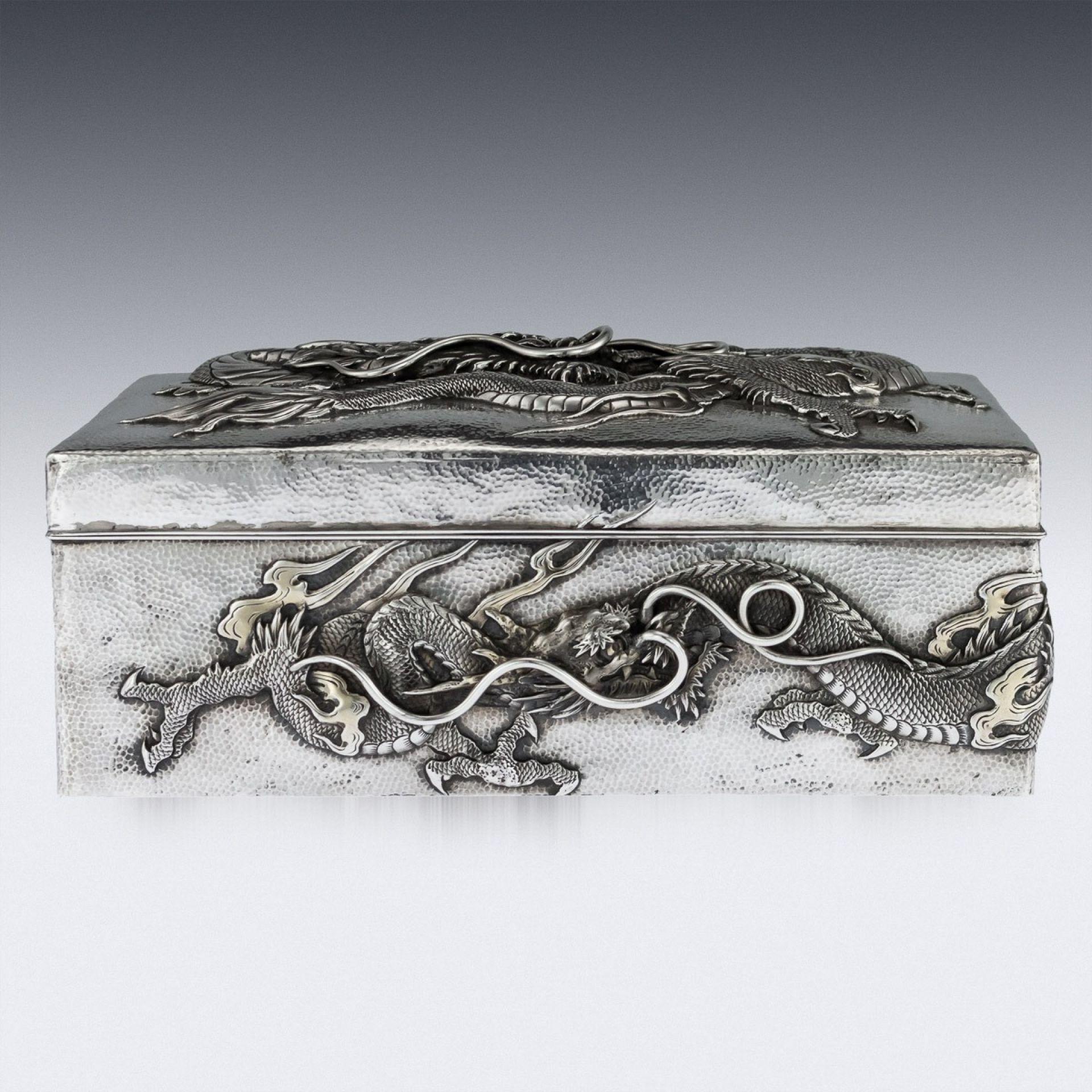 ANTIQUE 20thC JAPANESE MEIJI SOLID SILVER DRAGON BOX, SAMURAI SHOKAI c.1900