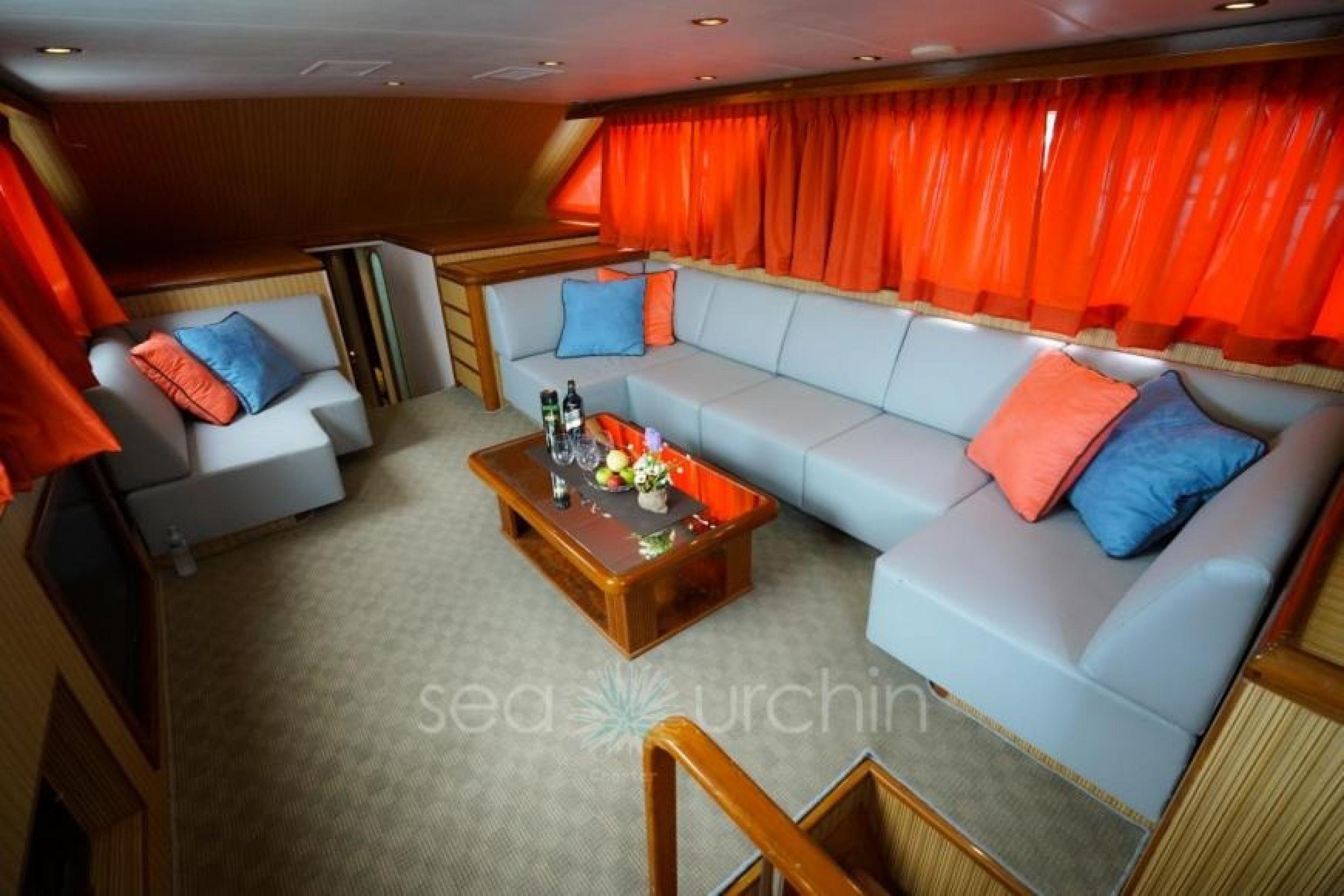 Pahang Yacht Charter - MY11