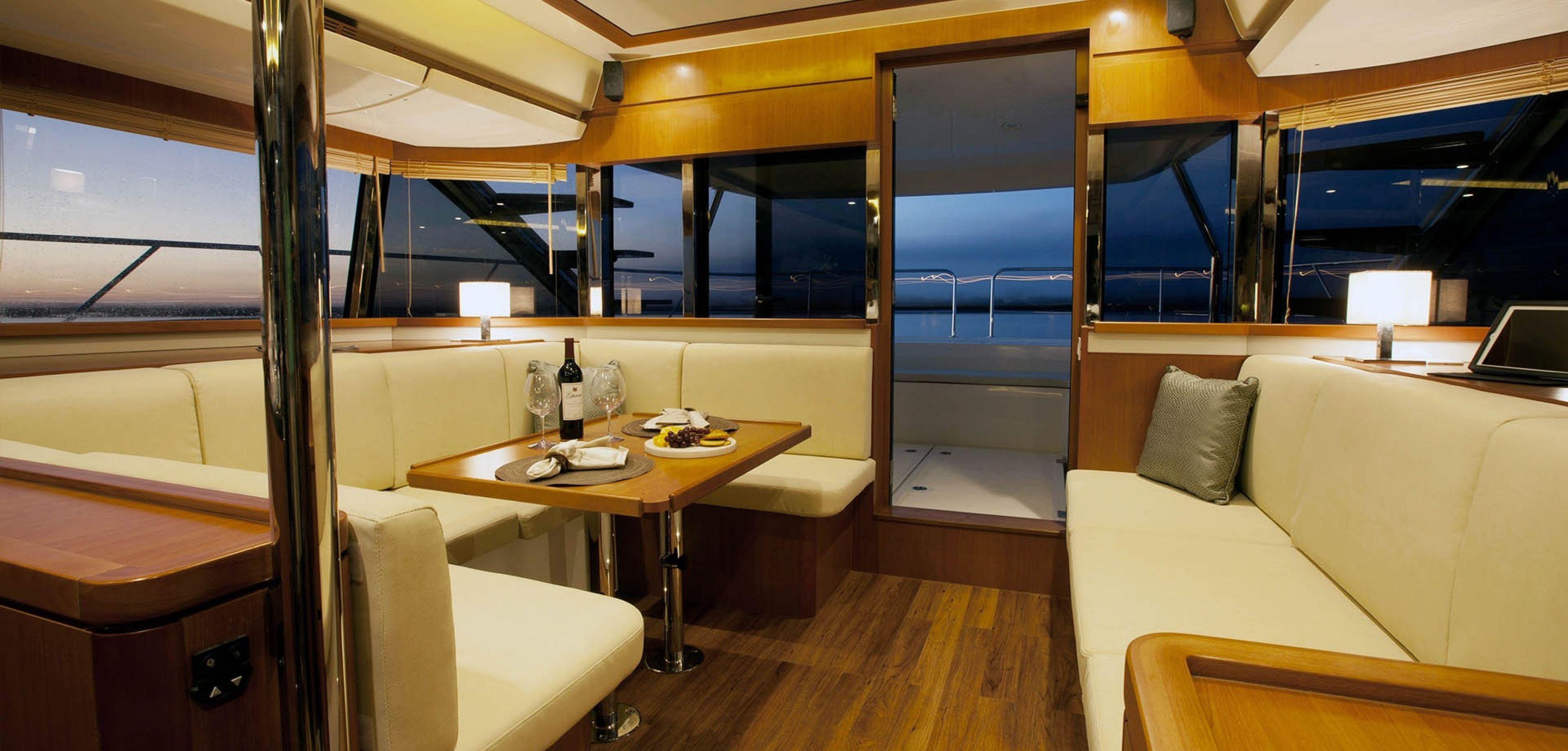 Sabah Yacht Charter - MY25