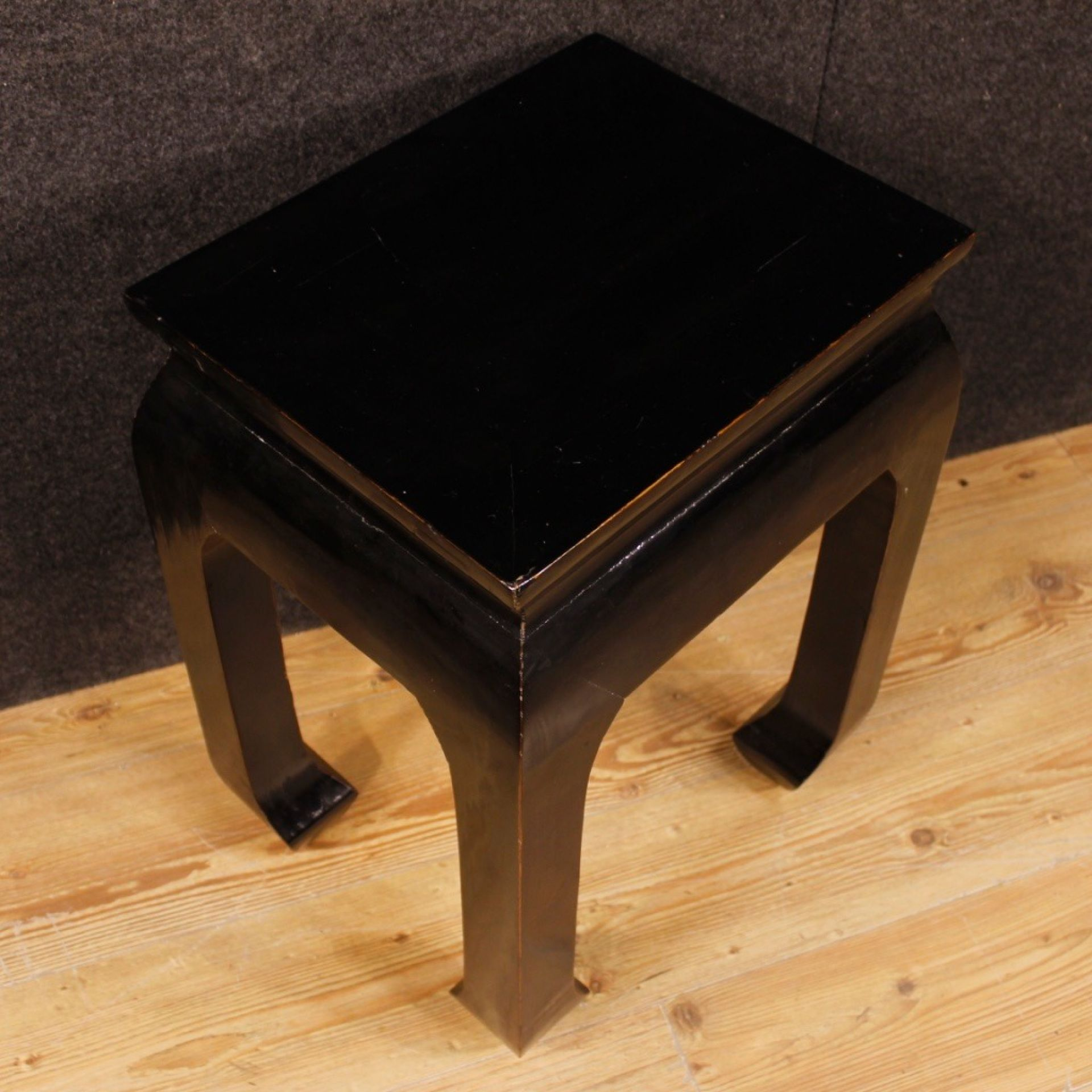 20th Century Black Lacquered Wood Chinese Coffee Table, 1980