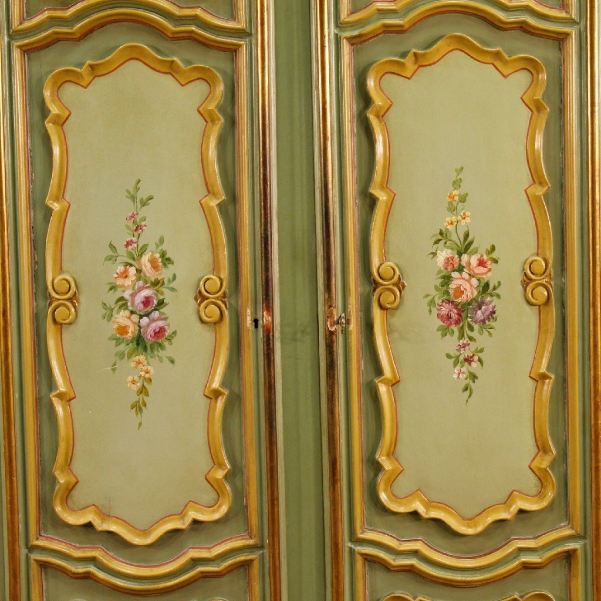 20th Century In Painted And Gilded Wood Italian Wardrobe, 1970
