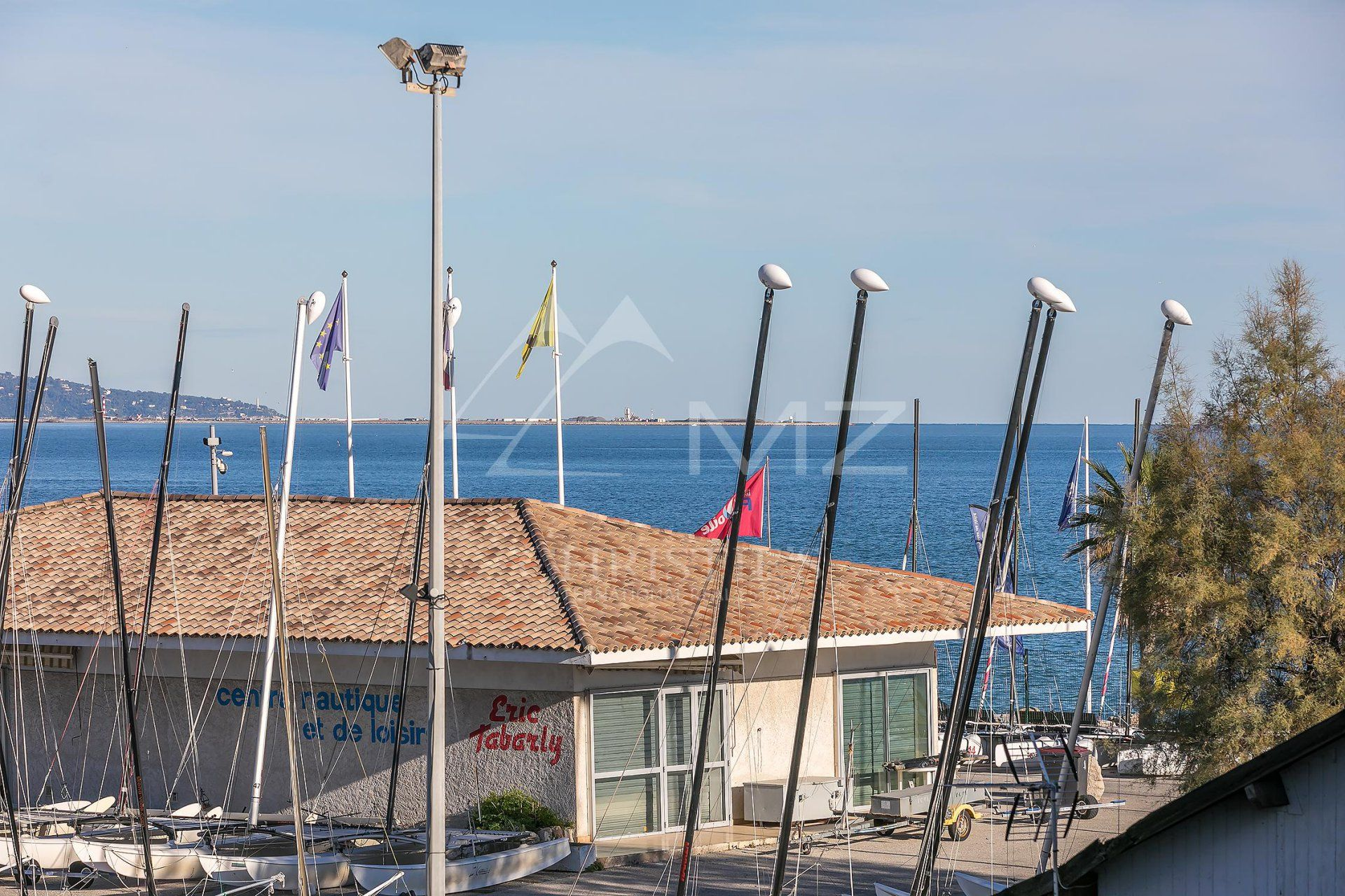 Villeneuve Loubet - Close to the sea