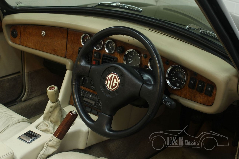 MG RV8 CABRIOLET 1994