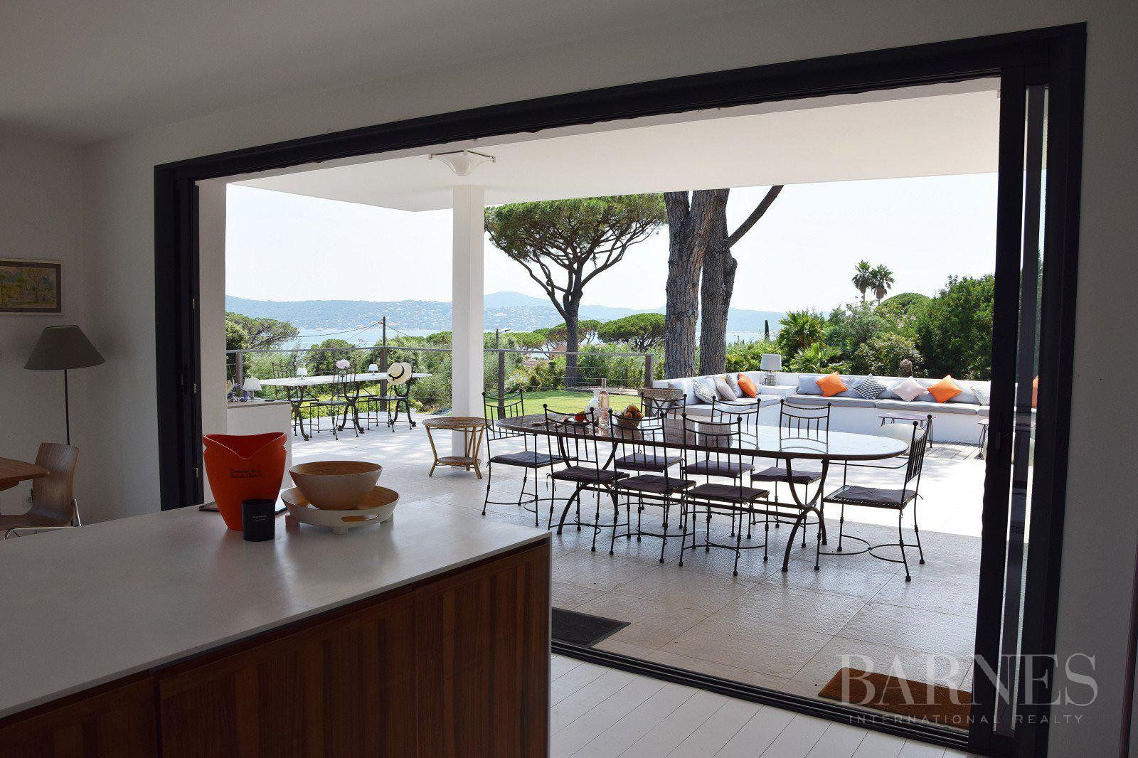 GRIMAUD - Contemporary villa with see view