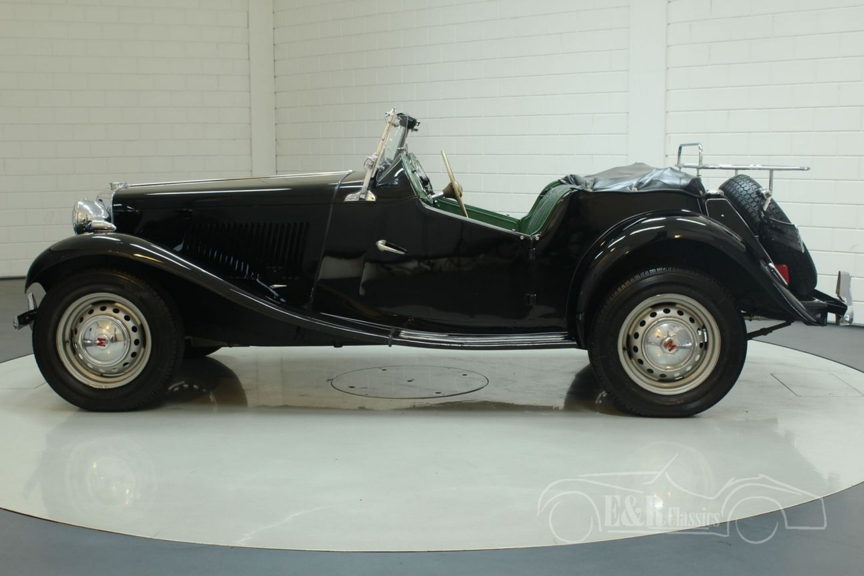 MG TD ROADSTER 1952