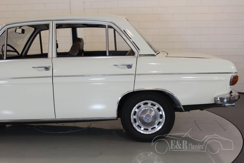 AUDI 60L 4 SEDAN 1972