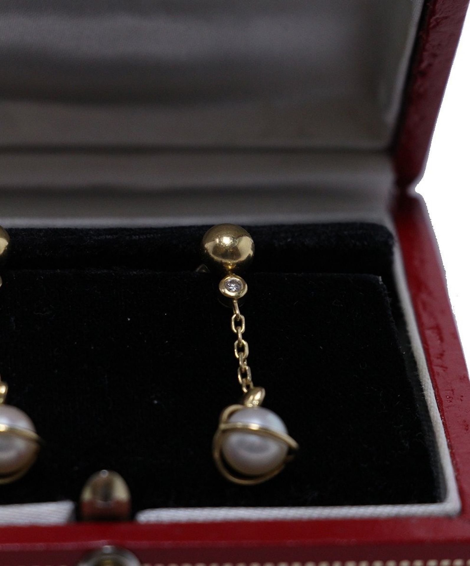 CARTIER YELLOW 18 K GOLD PEARL DIAMOND EARRINGS