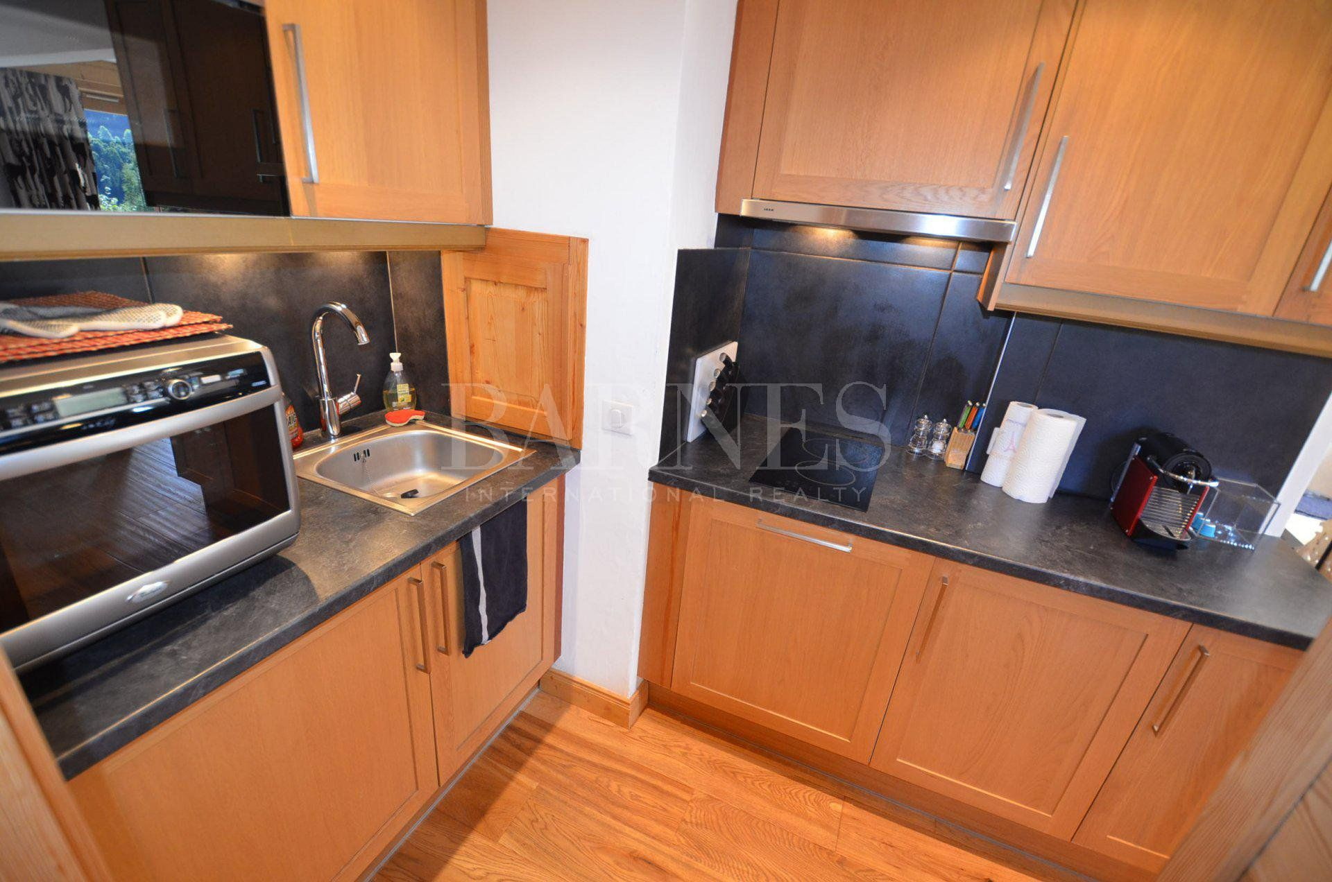 Lovely 2 bedrooms apartment completly renovated