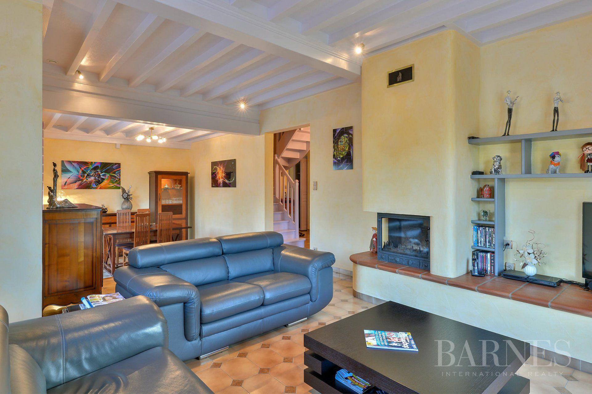 Arnas - Villa of 158 sqm - Plot of 1,056 sqm - 3 bedrooms