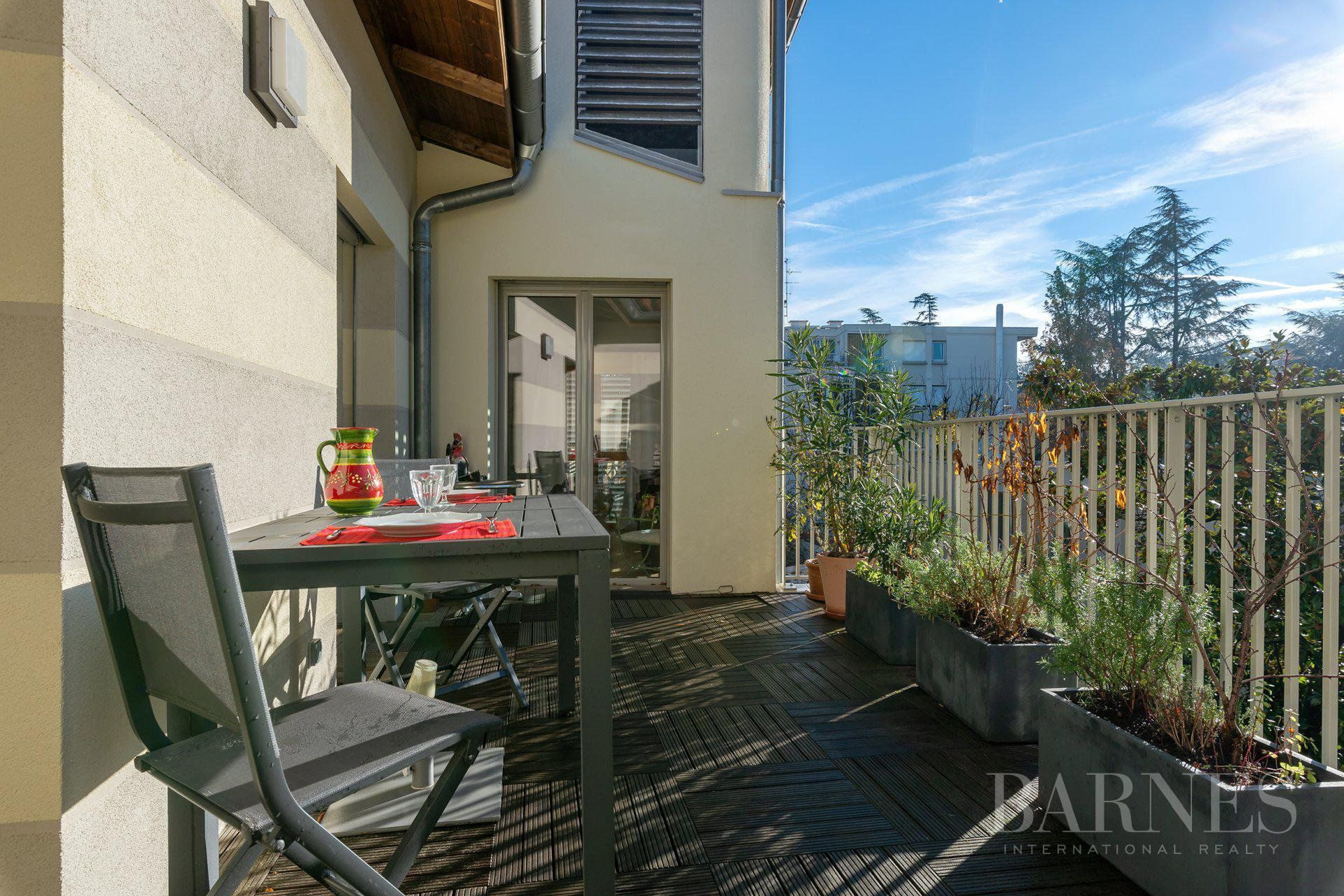Lyon 5 - Point du Jour - Duplex of 154 sqm with terrace - 5 bedrooms