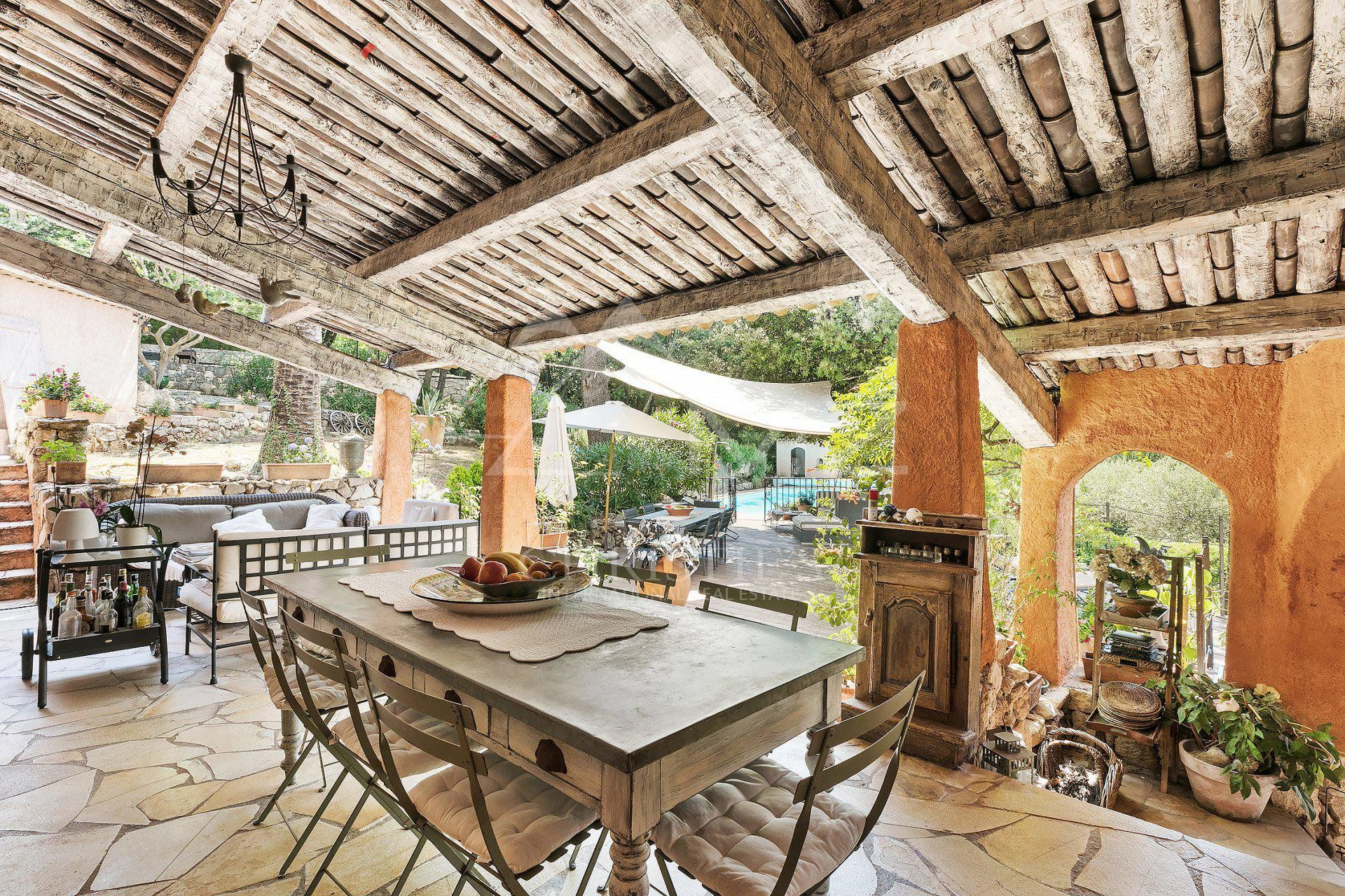 Cannes backcountry - Charming provençal property