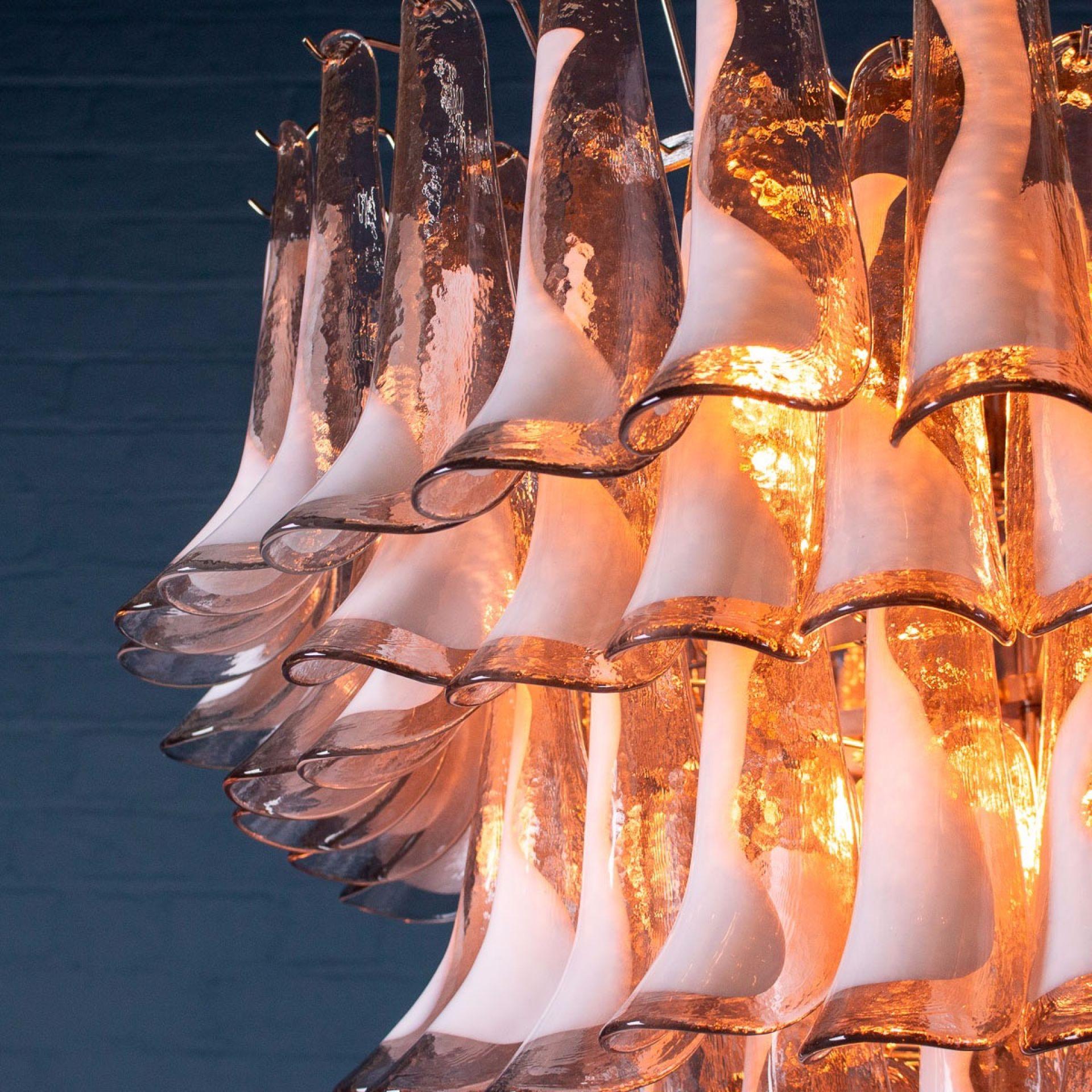 SPECTACULAR 20thC 7-TIER TULIP PETAL VENETIAN GLASS CHANDELIER