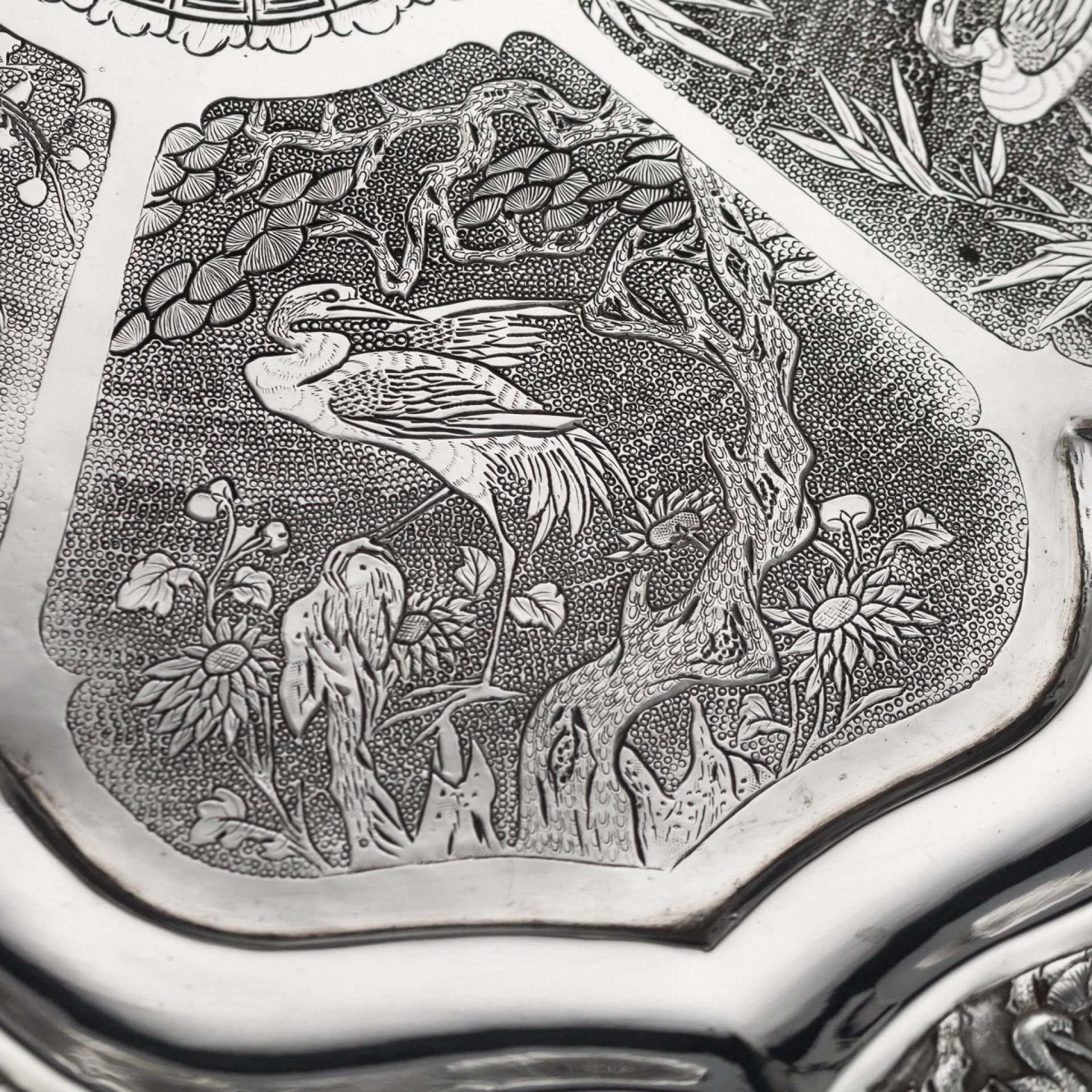 ANTIQUE 19thC CHINESE EXPORT SOLID SILVER SALVER, HOUCHEONG, CANTON c.1850