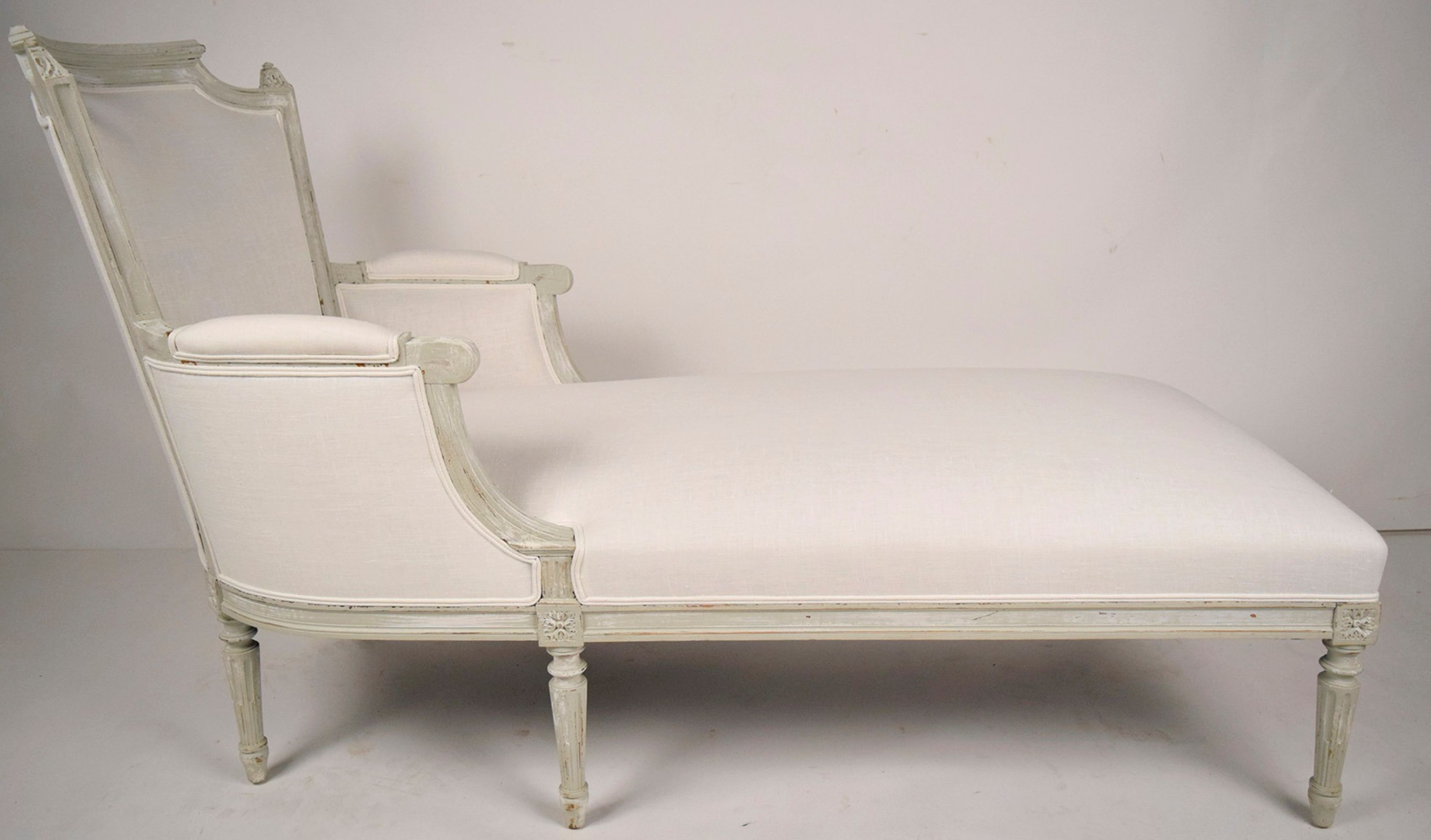 French Antique Louis XVI Chaise Lounge