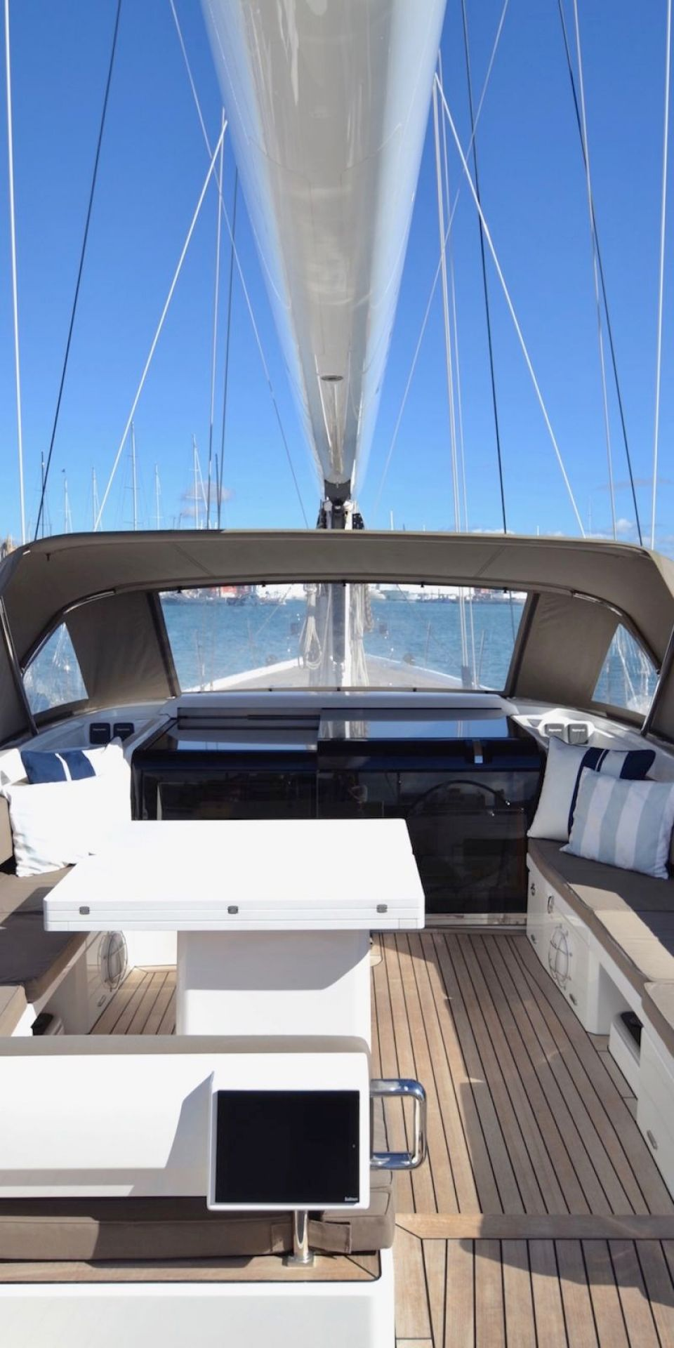 MAEGAN YACHT FOR SALE (25.15M)
