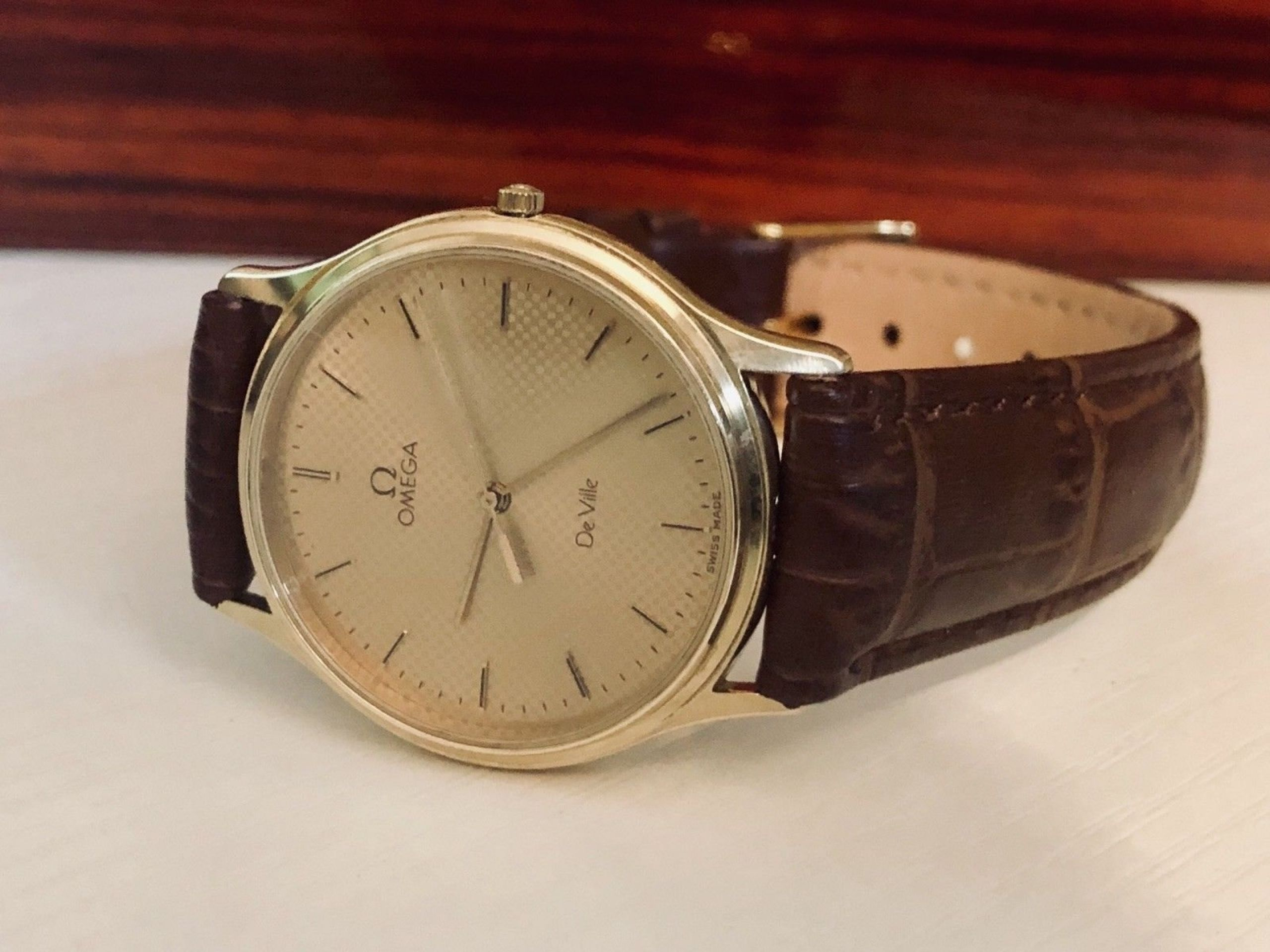 OMEGA CLASSIC DE VILLE MENS VINTAGE WATCH QUARTZ 1980 CAL 1417 DAY DATE