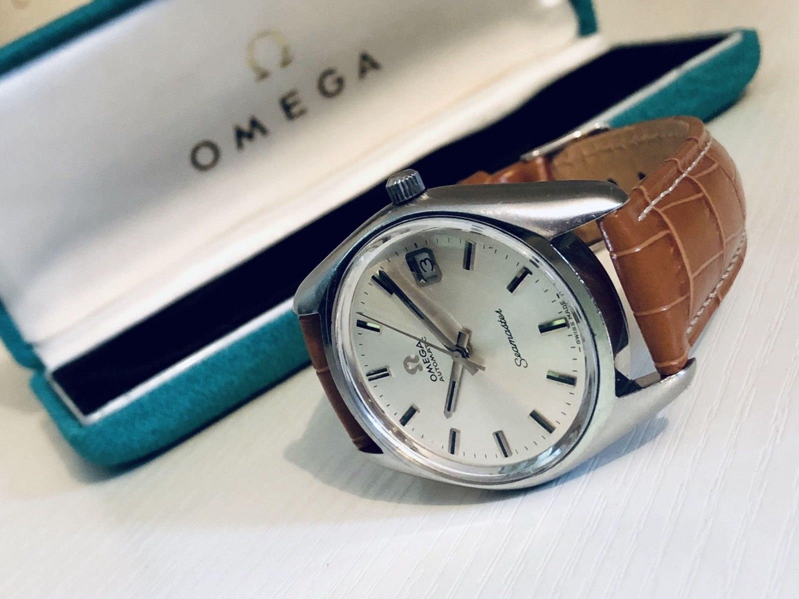OMEGA MENS SEAMASTER VINTAGE WATCH CAL 1010 AUTOMATIC 1960S EXTRA NATO STRAP