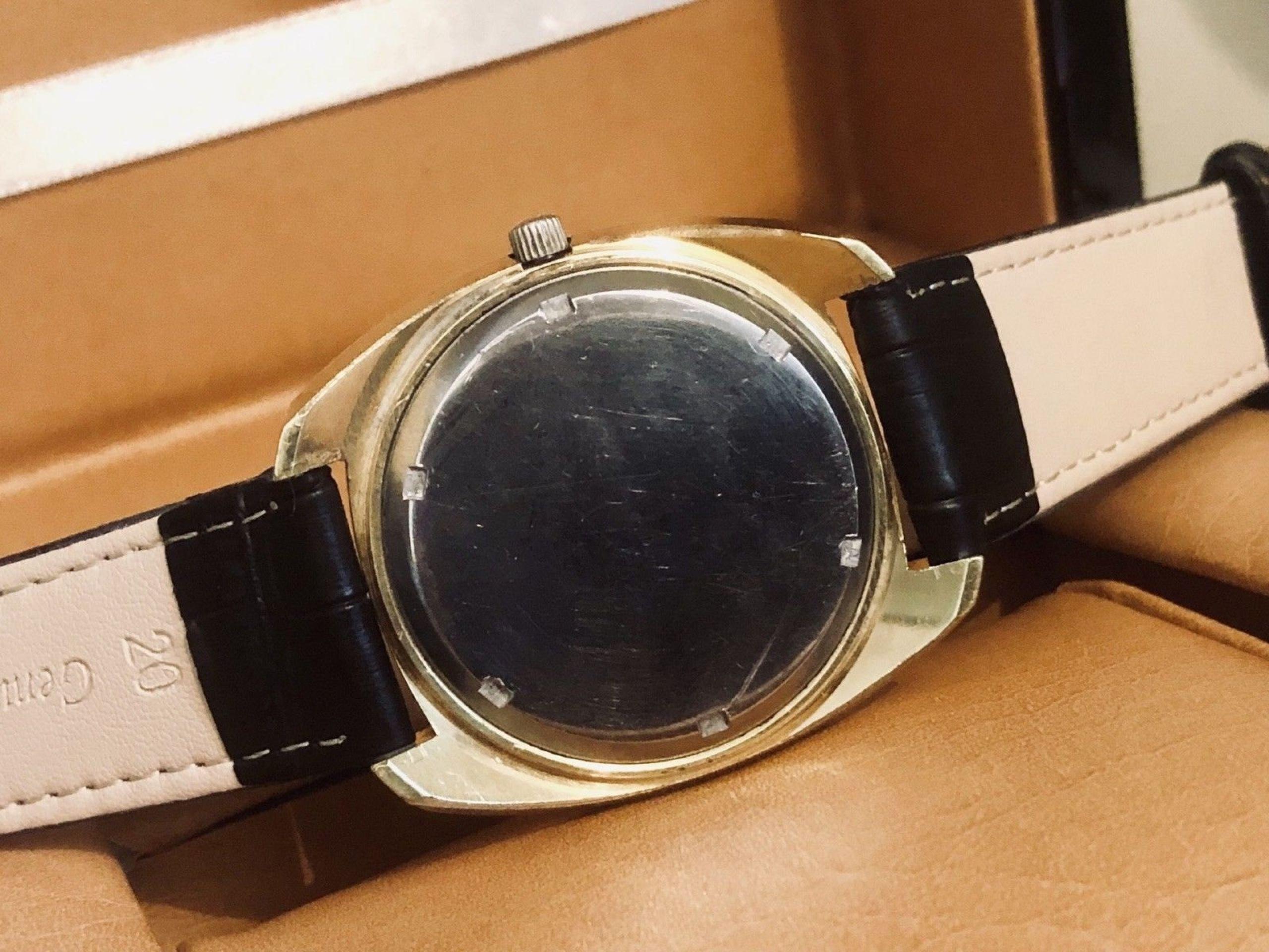 OMEGA GENEVE VINTAGE MENS CHRONOMETER 1970S ELECTRONIC F300HZ