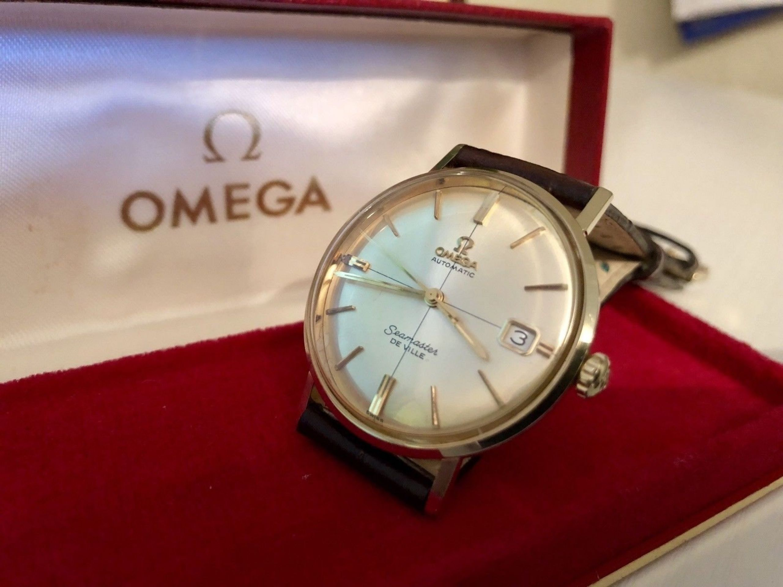 OMEGA SEAMASTER DE VILLE CROSSHAIR DIAL VINTAGE WATCH CAL 560 AUTOMATIC