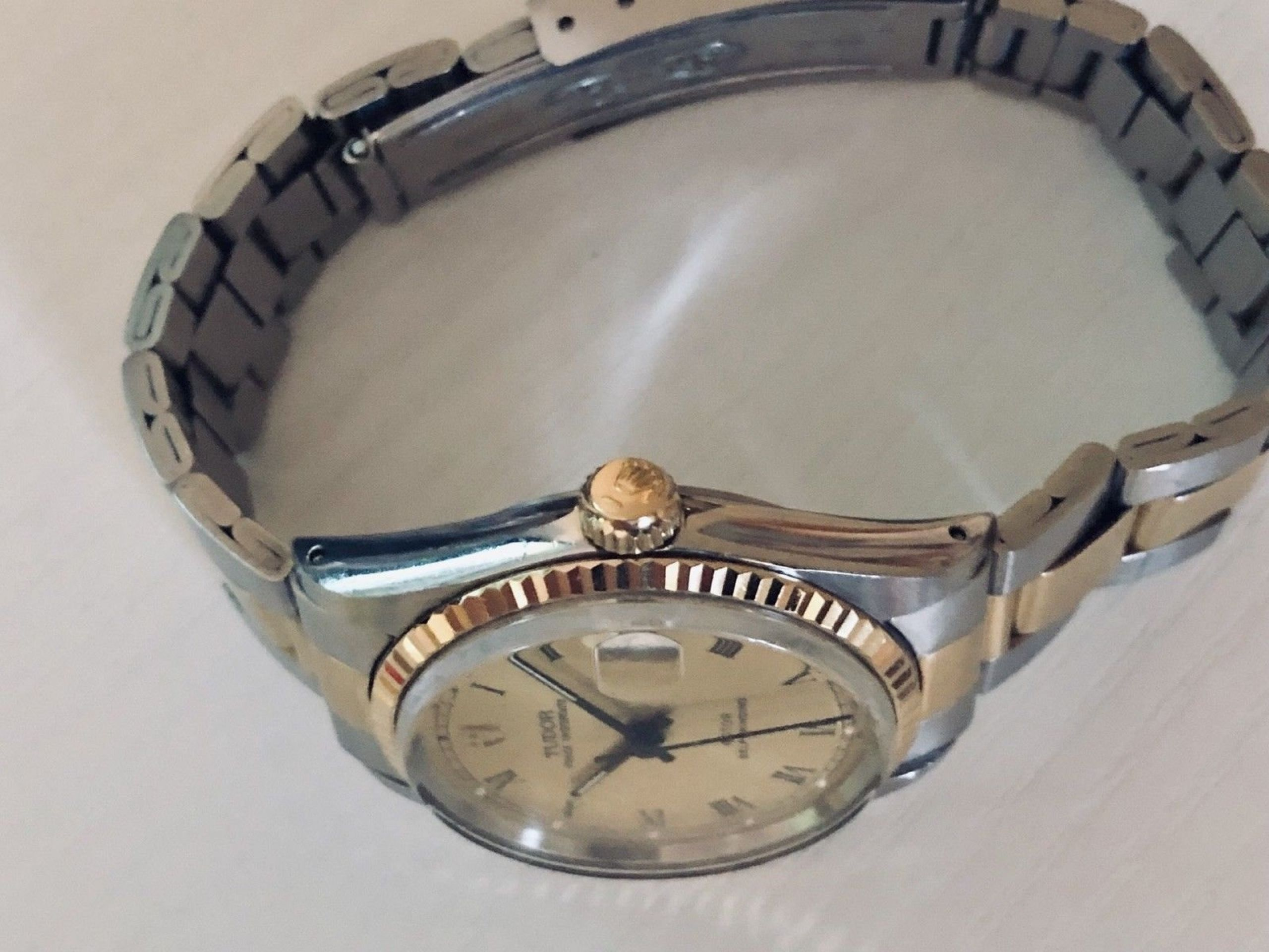 VINTAGE 1970'S TUDOR PRINCE OYSTERDATE AUTOMATIC WATCH MENS LADY MIDSIZE 31MM