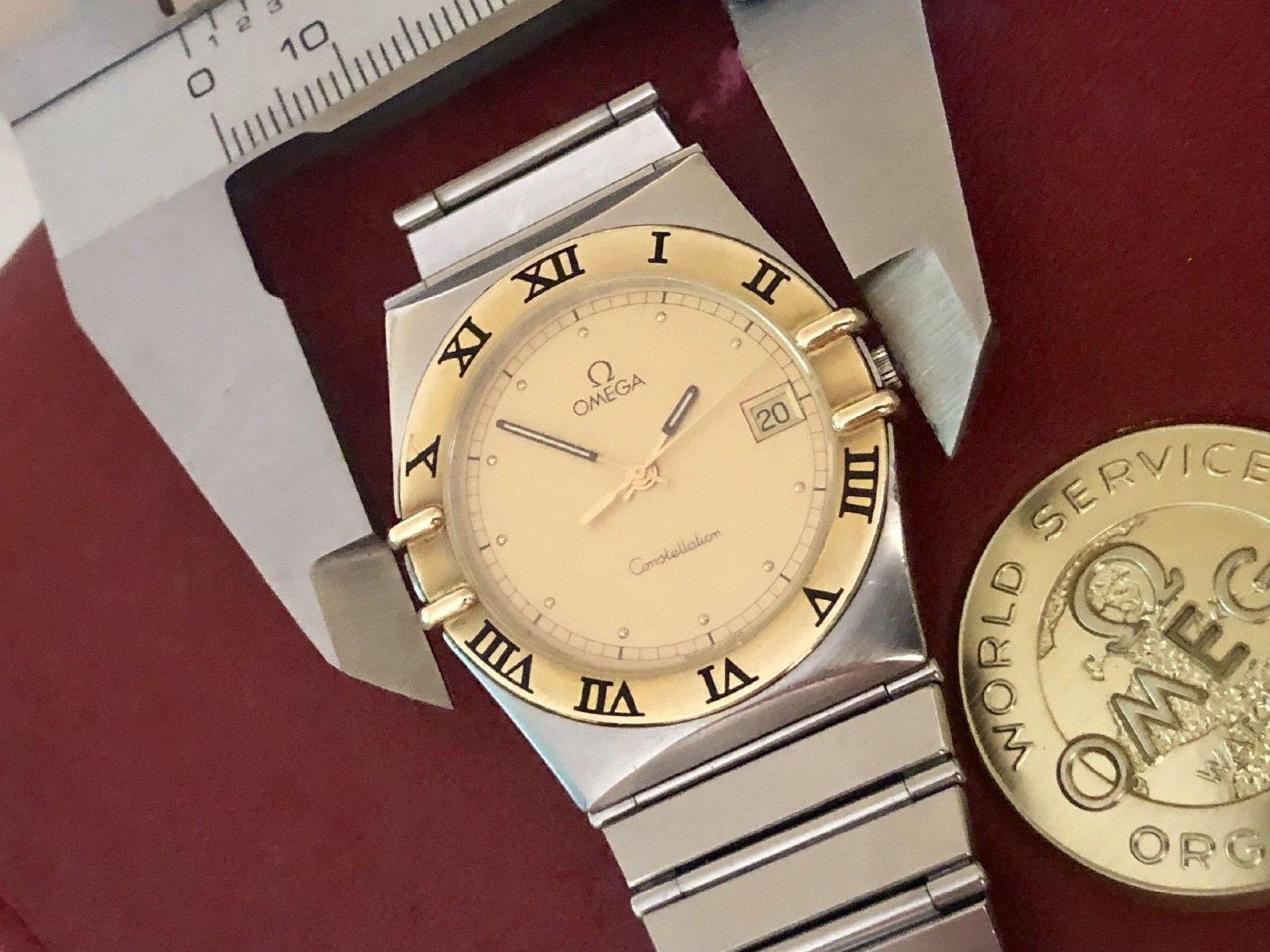OMEGA MENS CONSTELLATION GENTS CLASSIC VINTAGE 1998 QUARTZ BATTERY 18K GOLD