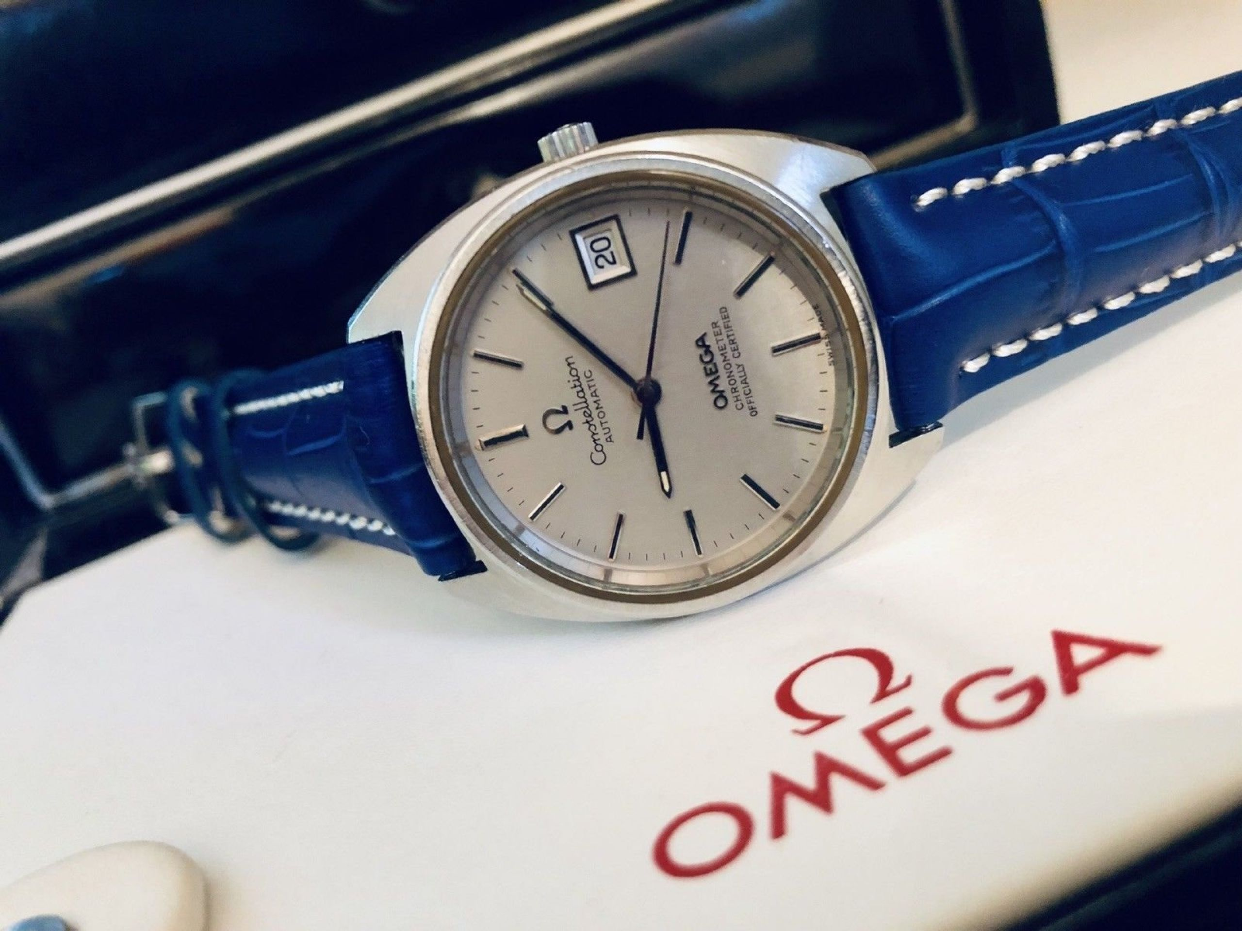 OMEGA VINTAGE 1970S CONSTELLATION CHRONOMETER GREY DIAL DATE CALENDAR WINDWON