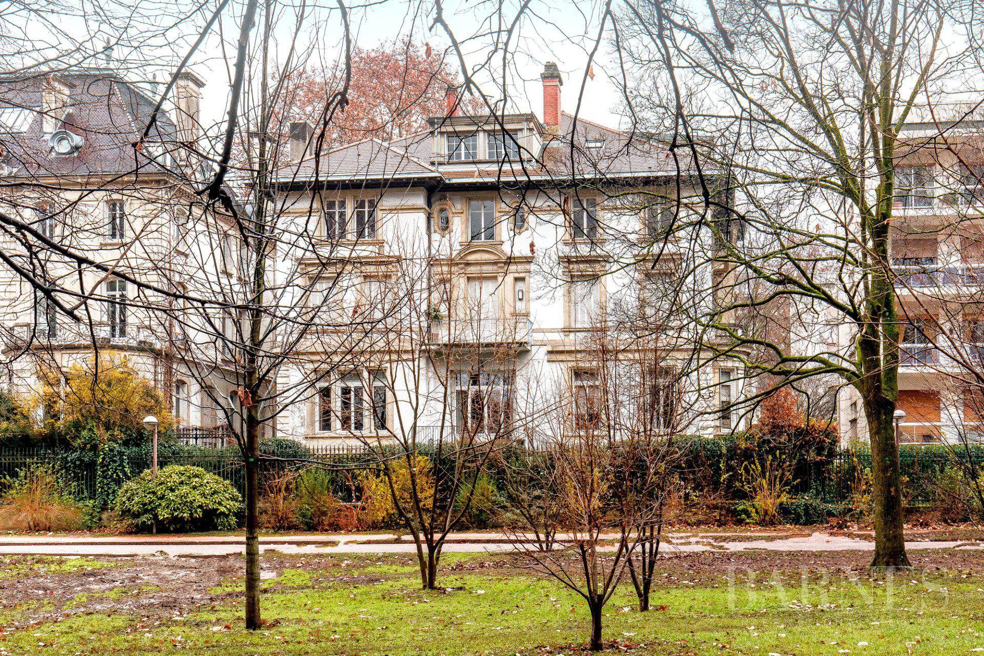 Lyon 6 - Parc de la Tete d'Or - Exceptional apartment of 258 sqm - 5 bedrooms