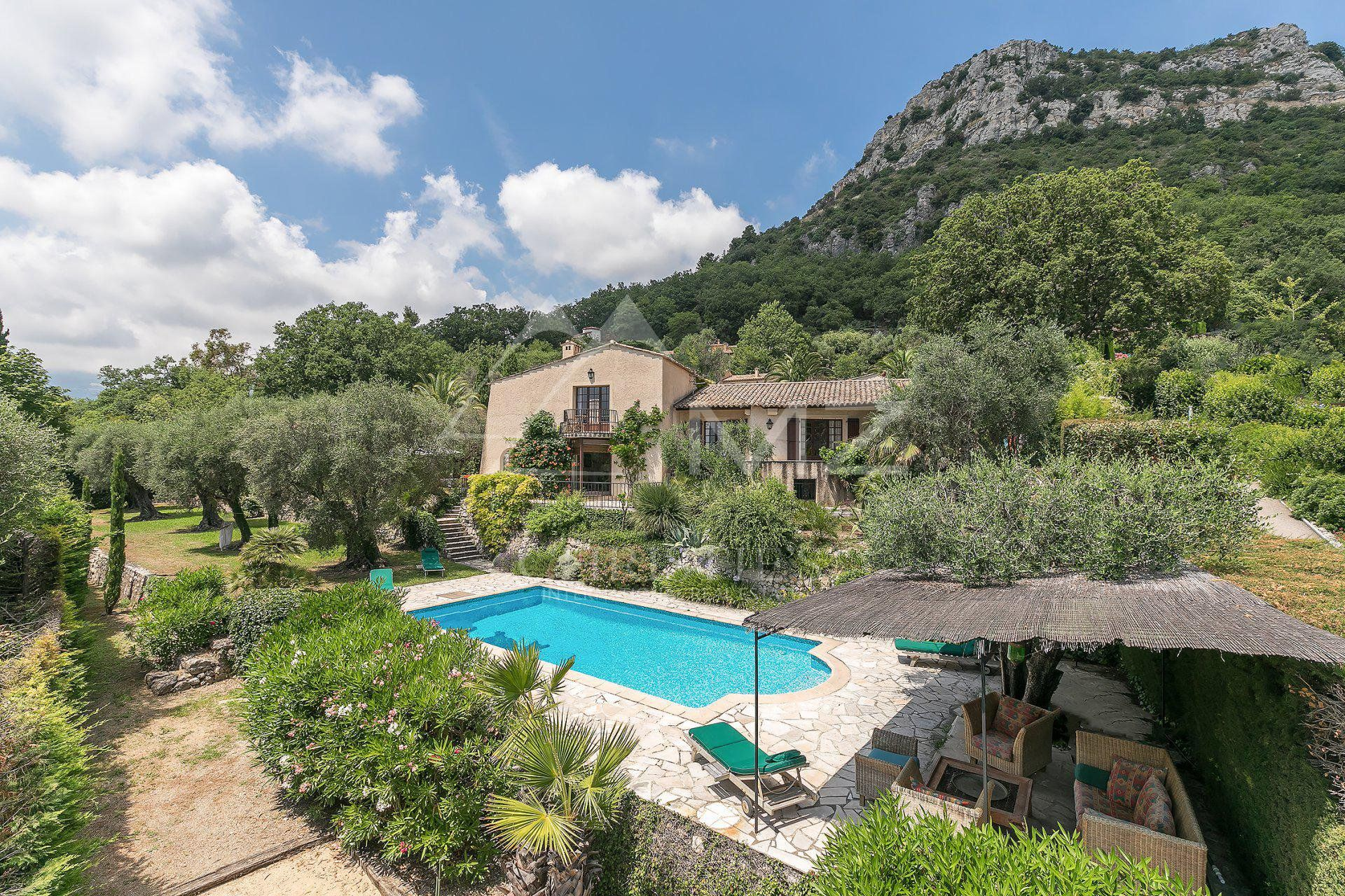 Vence - Charming provencal villa in a peaceful area