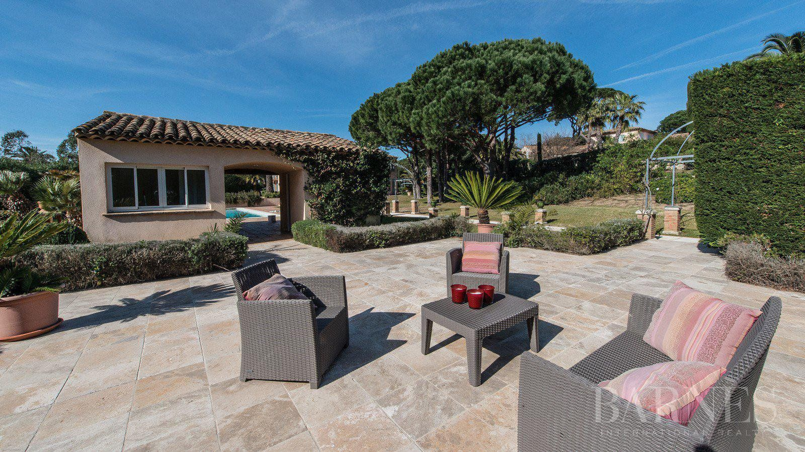 SAINT-TROPEZ - Prestigious property in the parks with caretaker's house