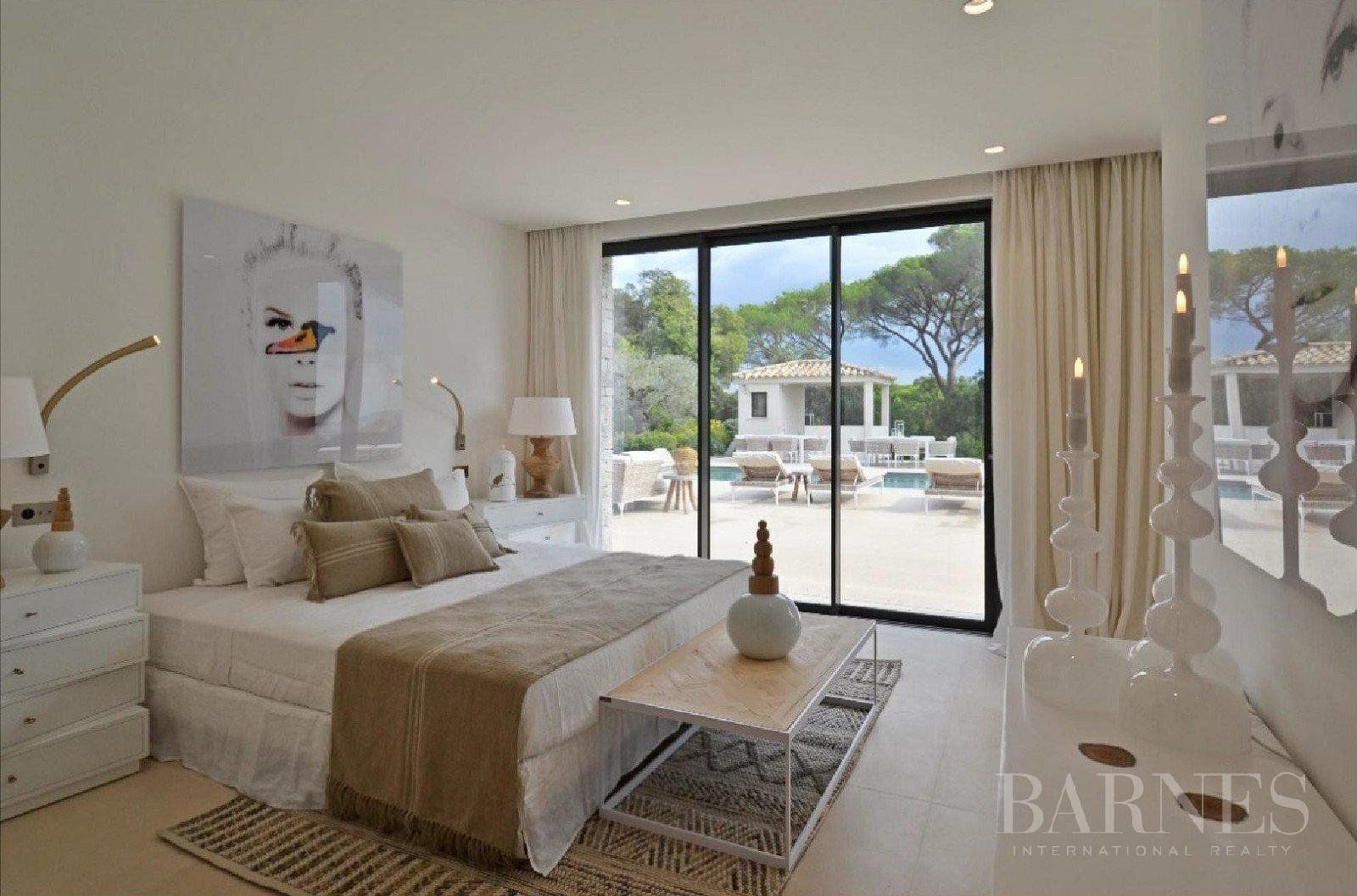 RAMATUELLE - Superb new creation resolutely contemporary