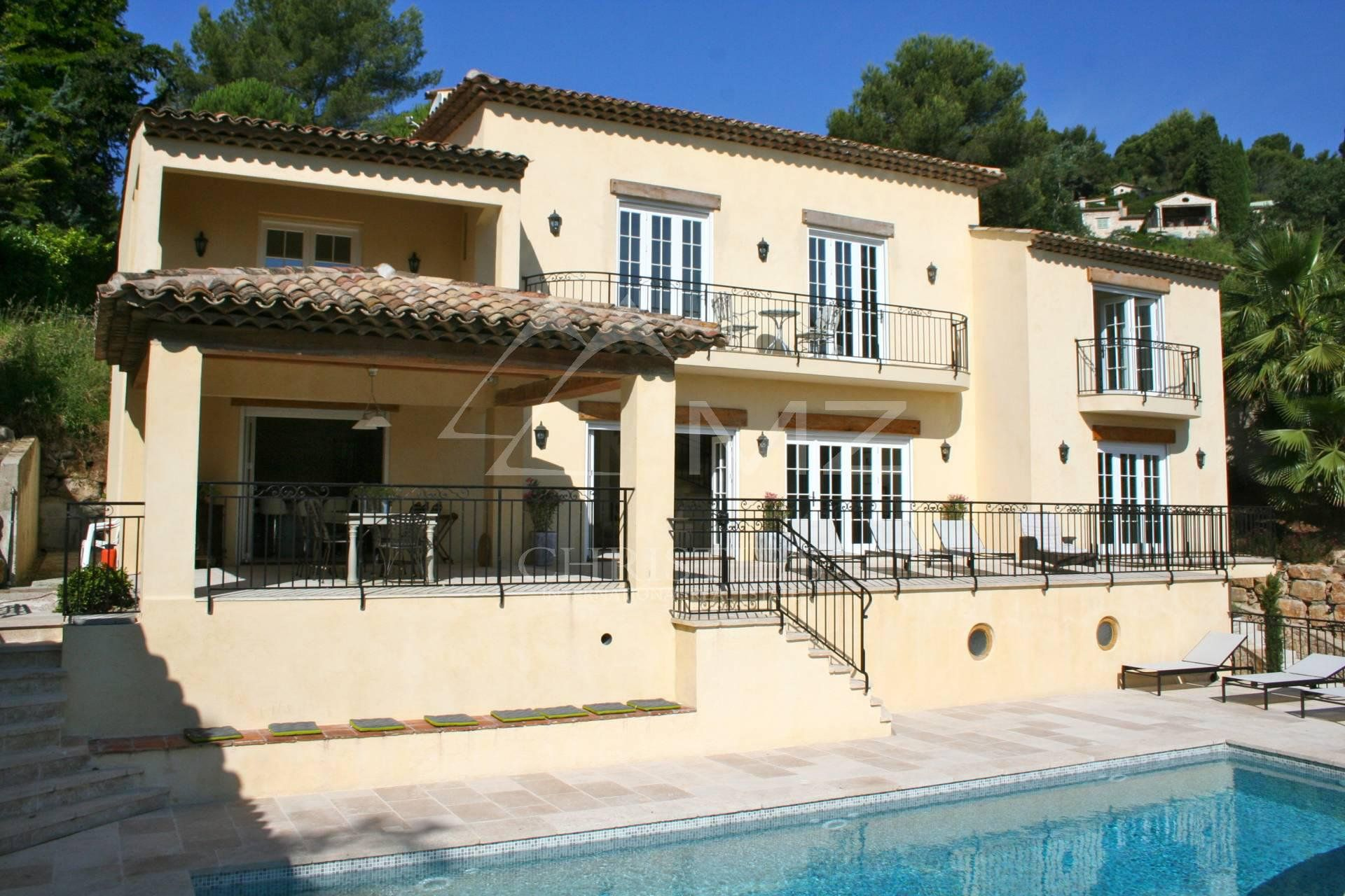 Close to Saint-Paul de Vence - Close to amenities
