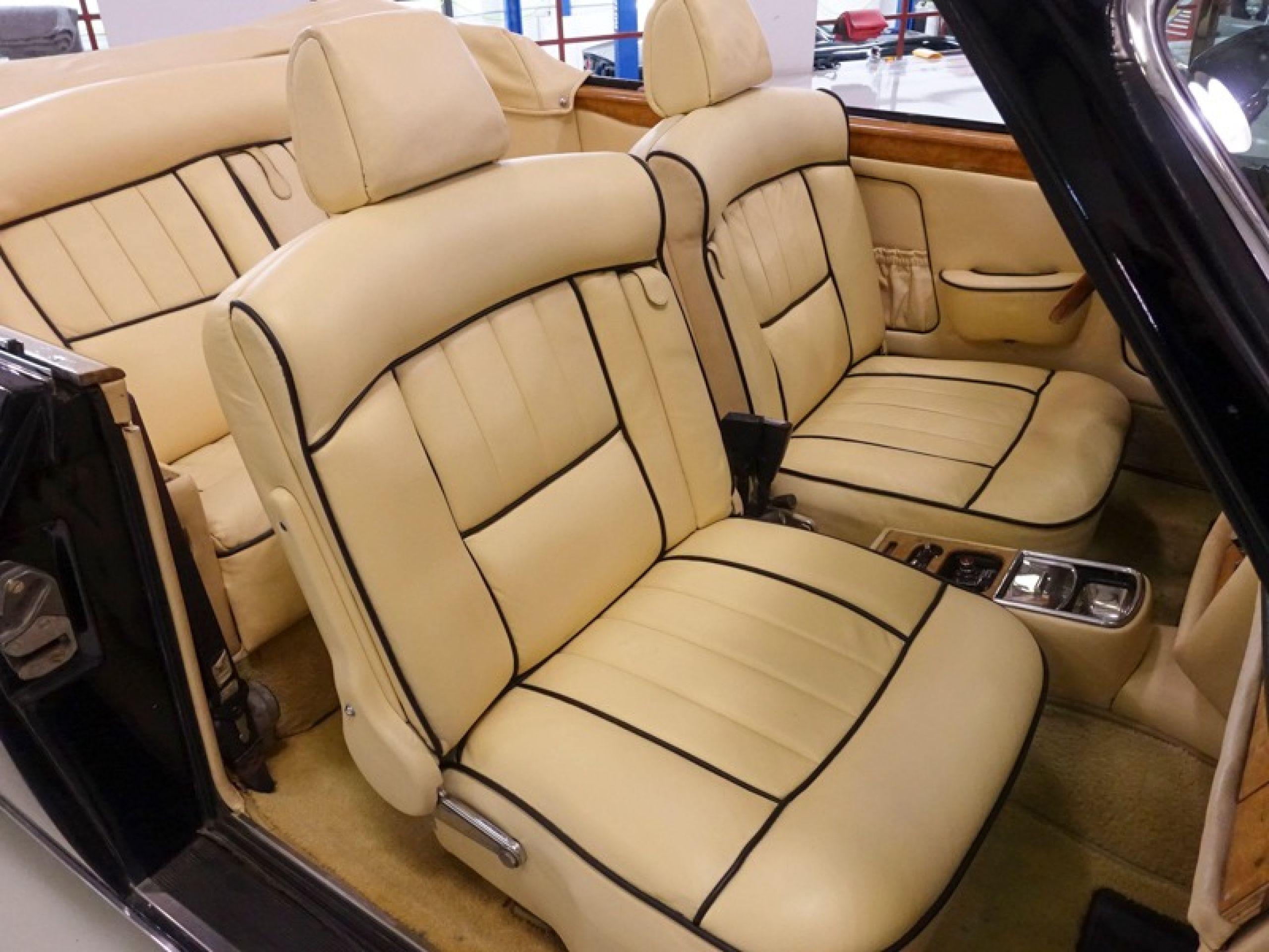 1974 Rolls-Royce Corniche Convertible