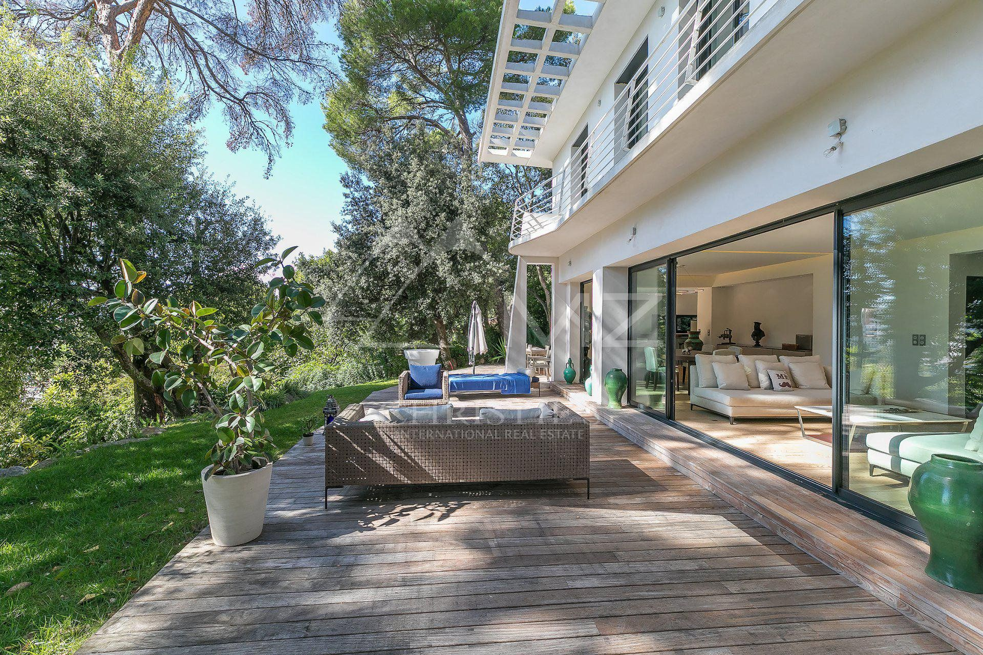 Cannes - Contemporary villa