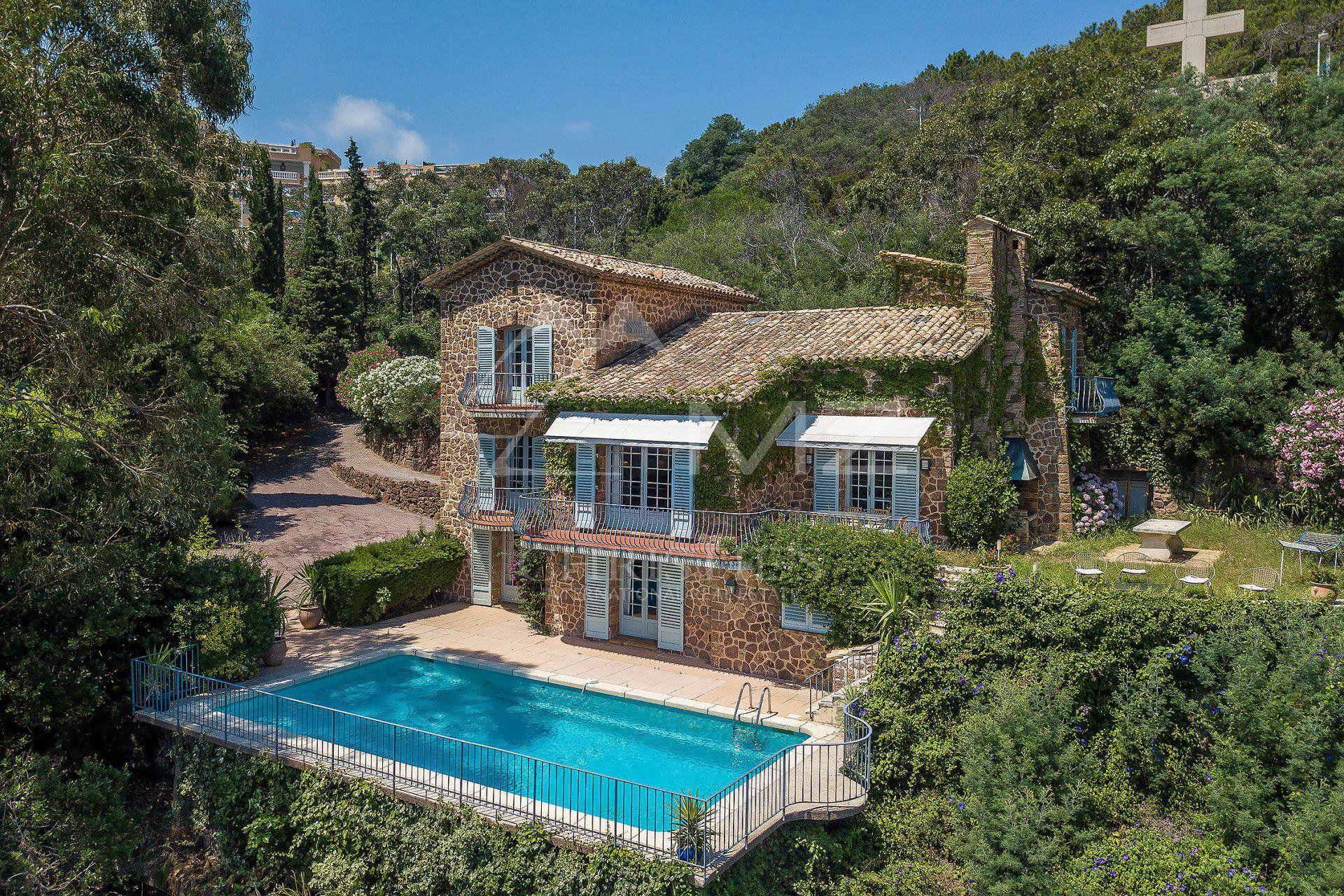 Théoule-sur-Mer - Charming villa