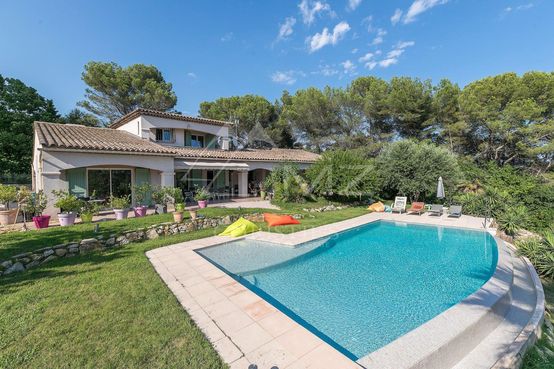 Close to Cannes - Villa