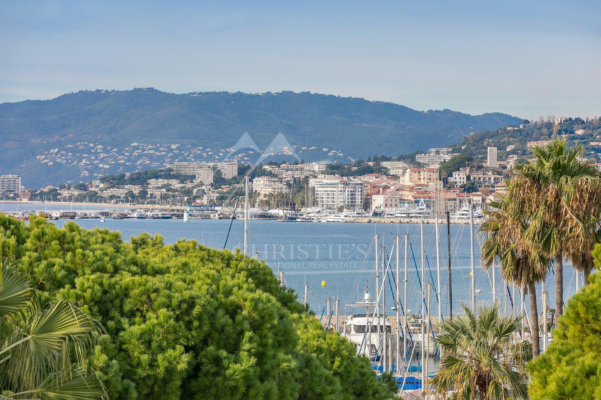 Cannes - Croisette - Port Canto