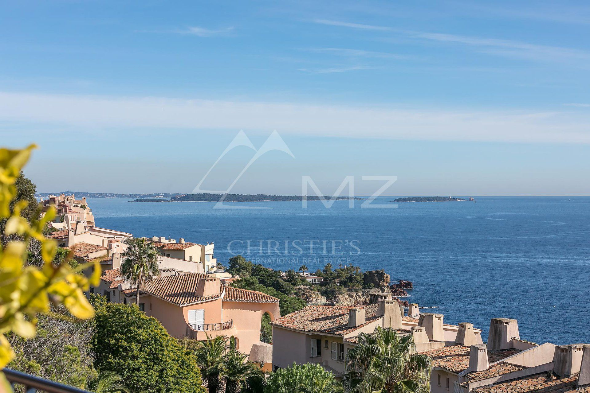 Close to Cannes - Appartment in a waterfront domain