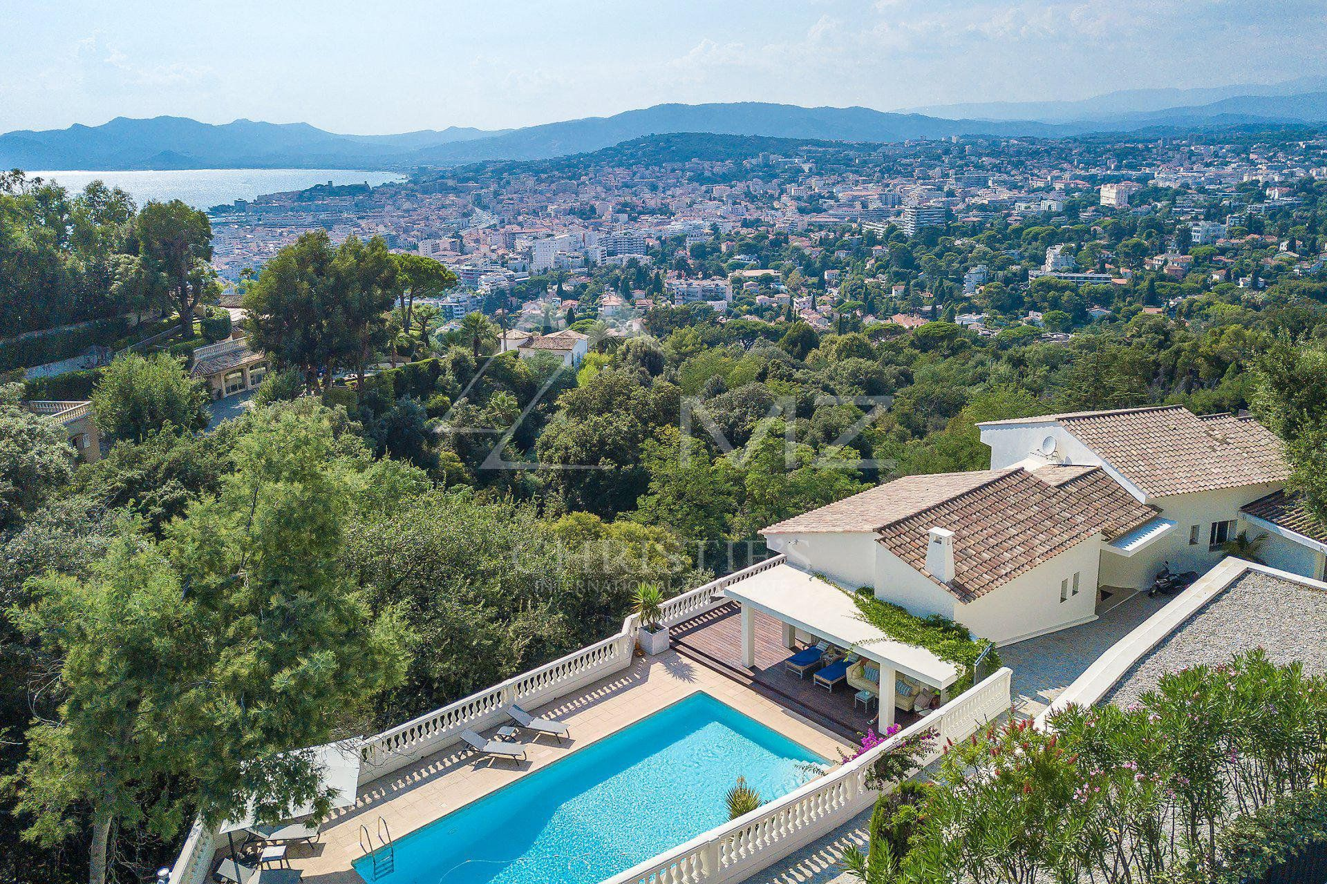 Cannes - Californie - Panoramic sea view
