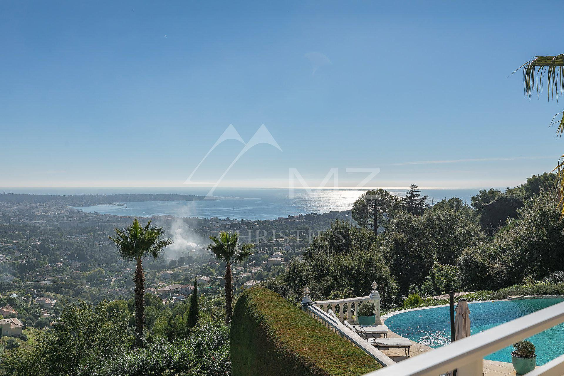 Close to Cannes - Architect villa with panoramic sea view
