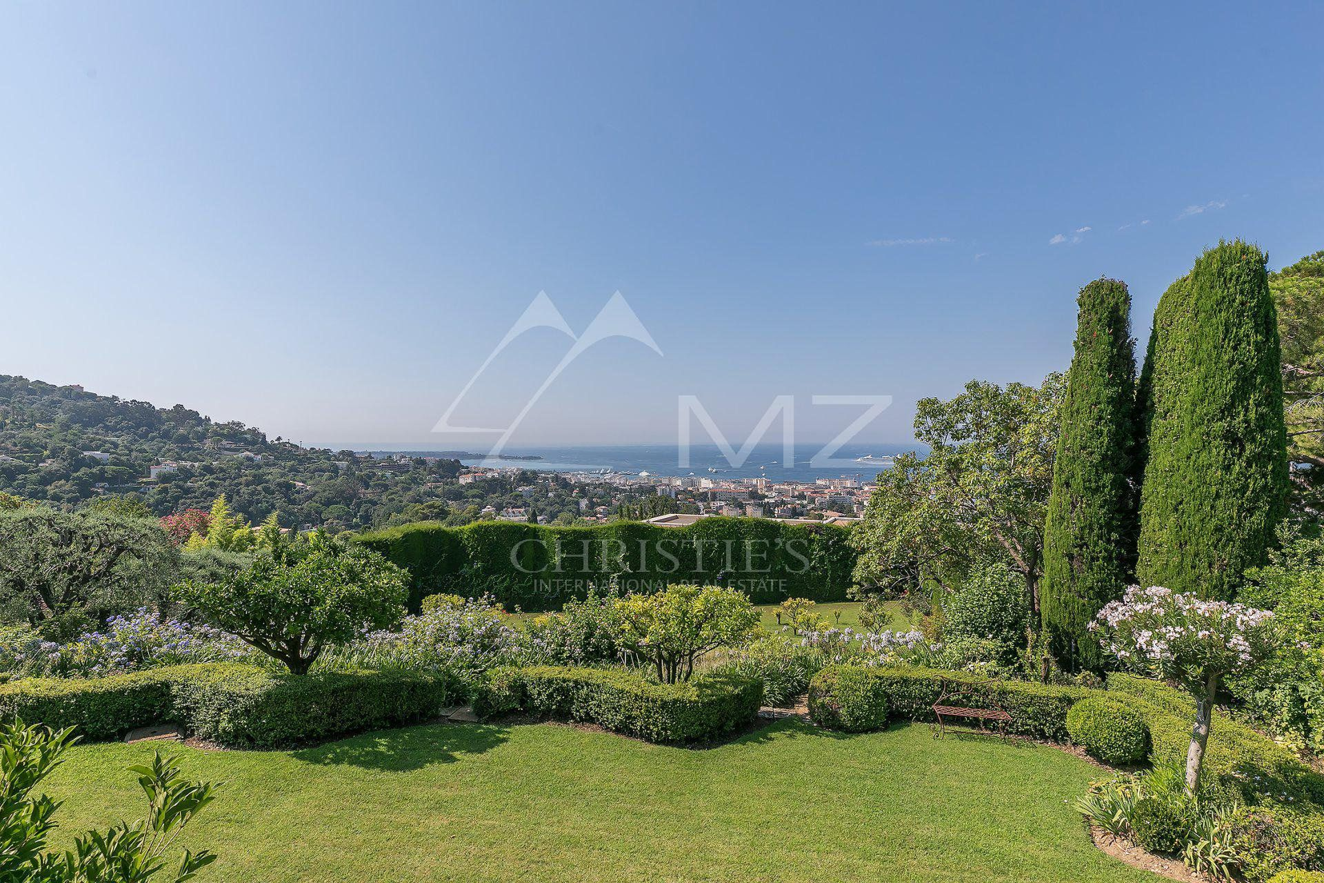 Cannes - Somptuous panoramic sea views
