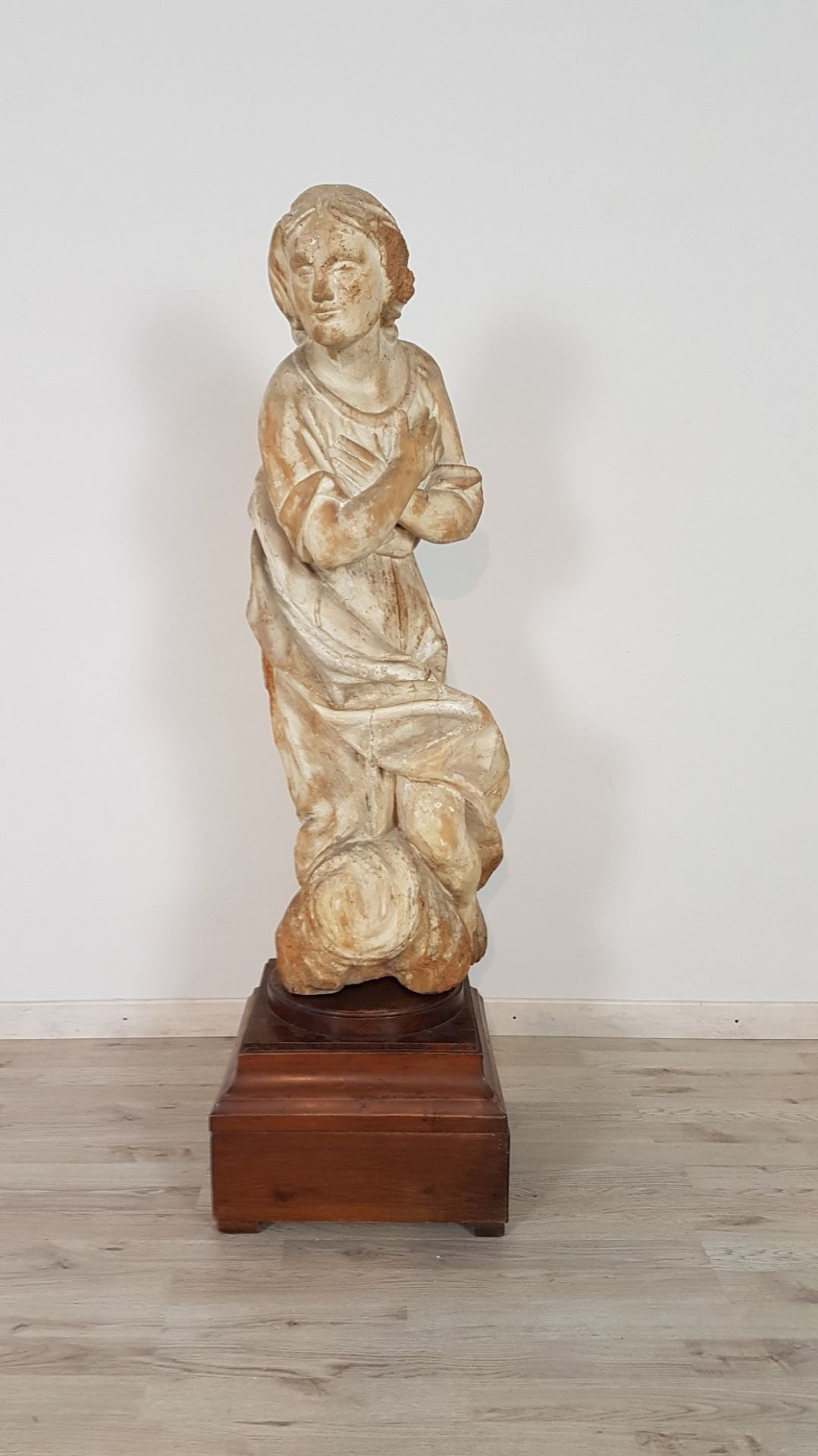 17th Century Carved Wood Antique Madonna Sculpture