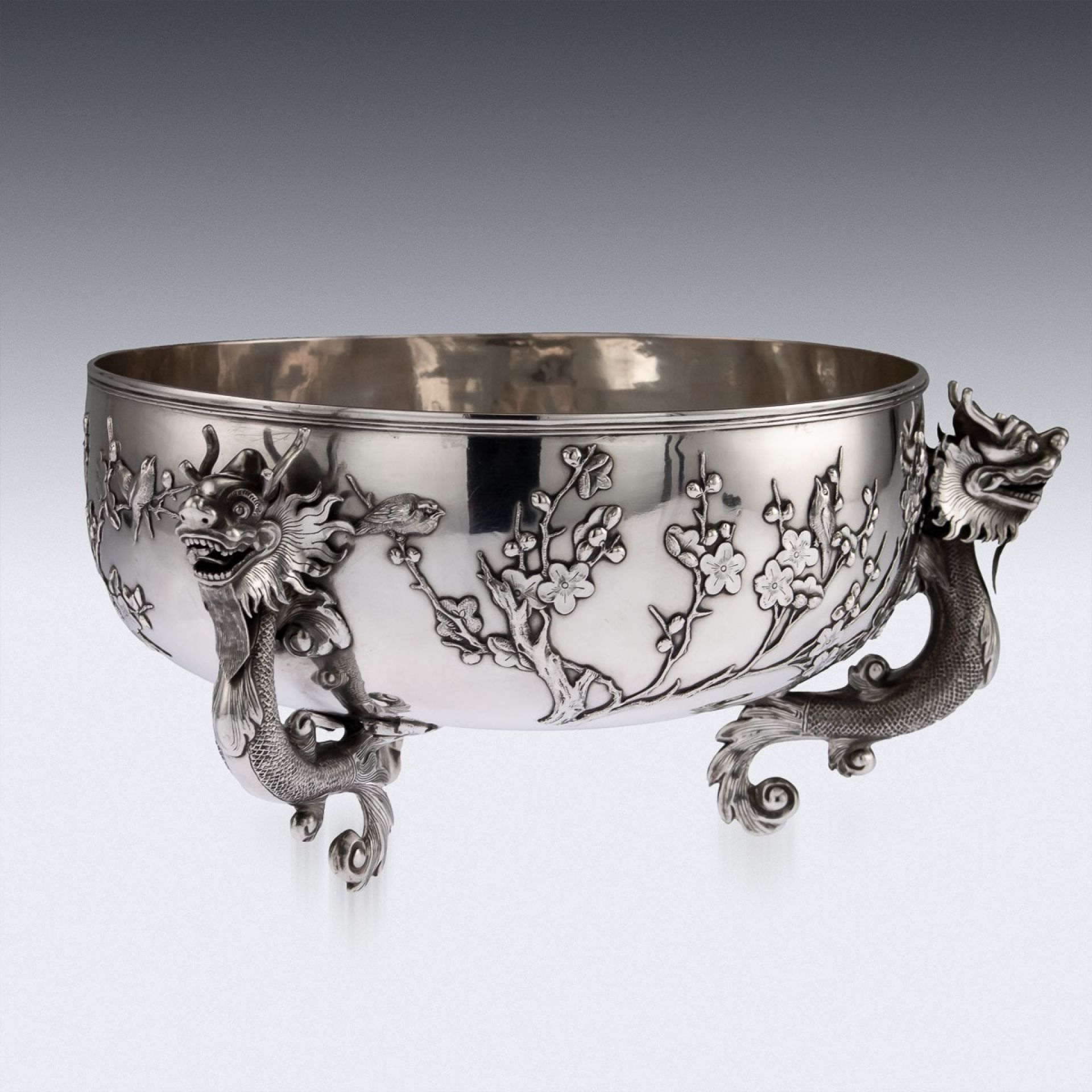 ANTIQUE 19thC CHINESE EXPORT SOLID SILVER DRAGON BOWL, LUEN WO c.1890