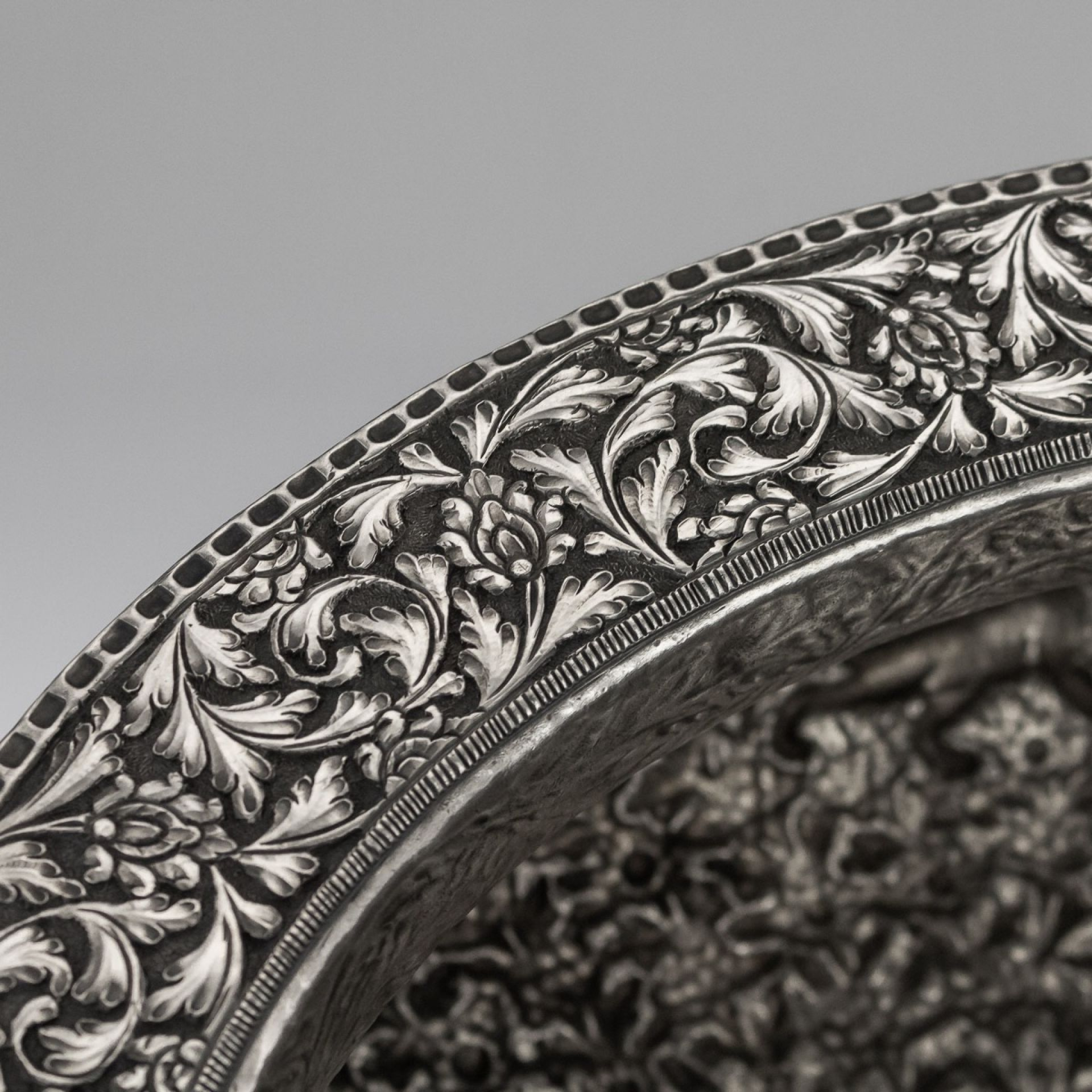 STUNNING 20thC INDIAN HATHRAS SOLID SILVER LARGE DECORATIVE BOWL