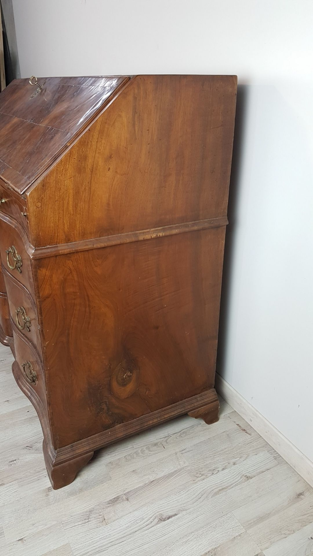 18th Century Italian Antique Louis XV Walnut Chest of Drawers with Secretaire