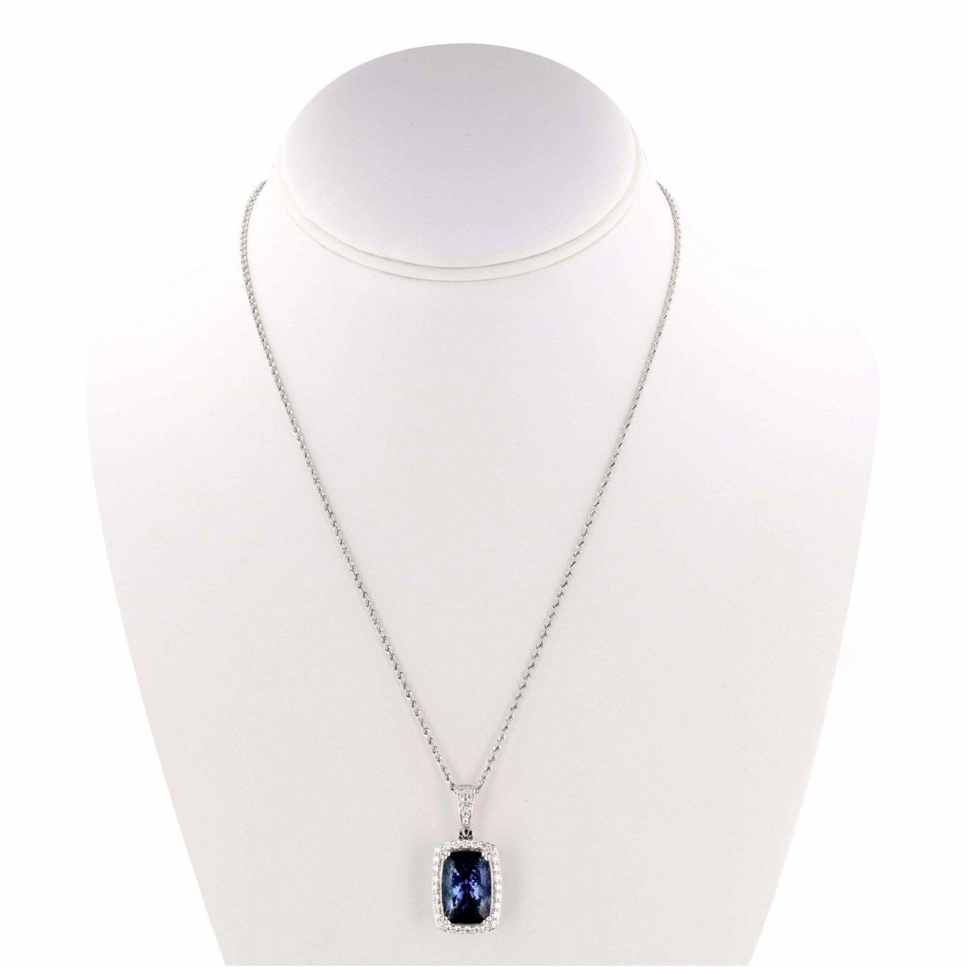 13.89ct Tanzanite and 0.73ctw Diamond Platinum Pendant/Necklace (GIA CERTIFIED)