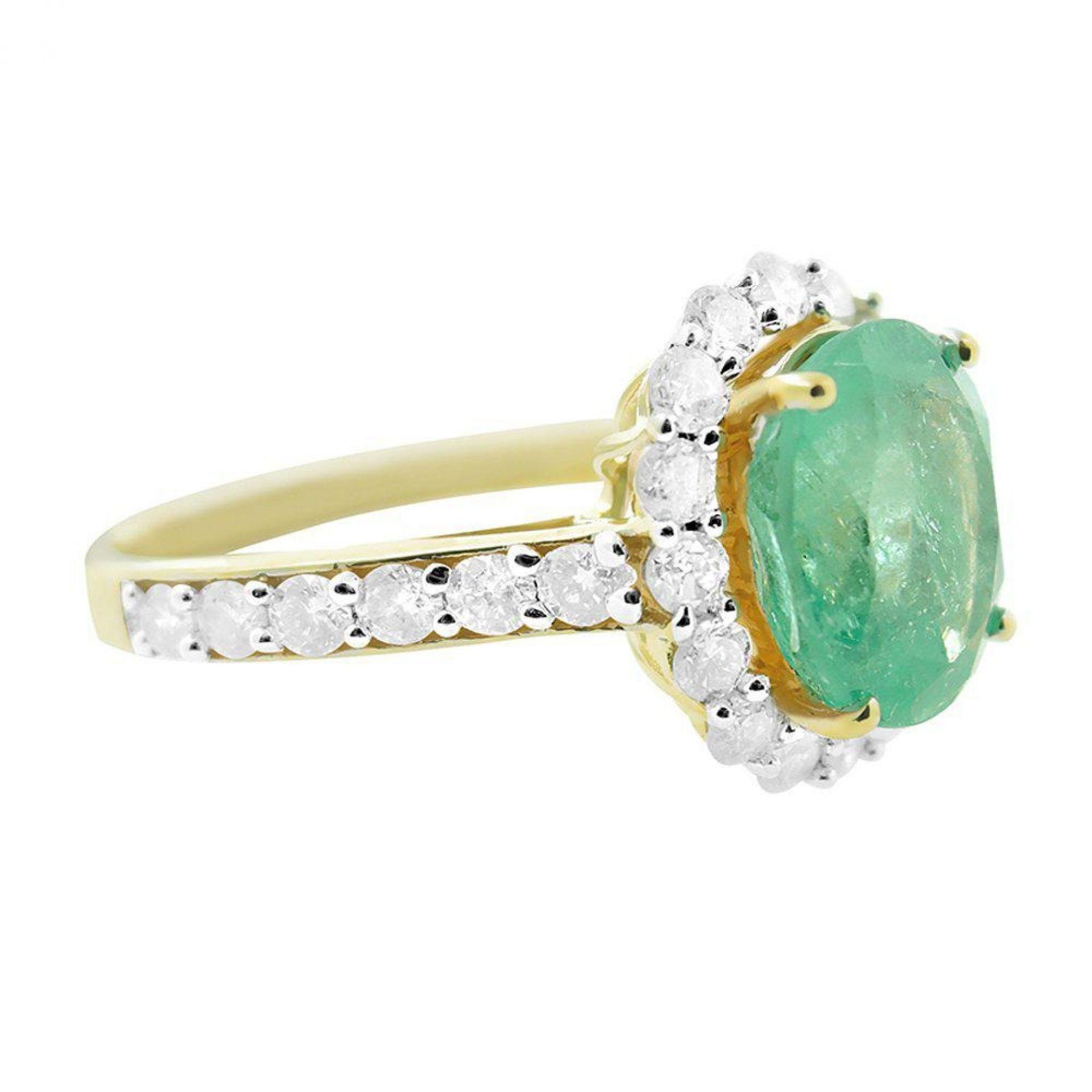 2.68ct Emerald and 0.87ctw Diamond Ring
