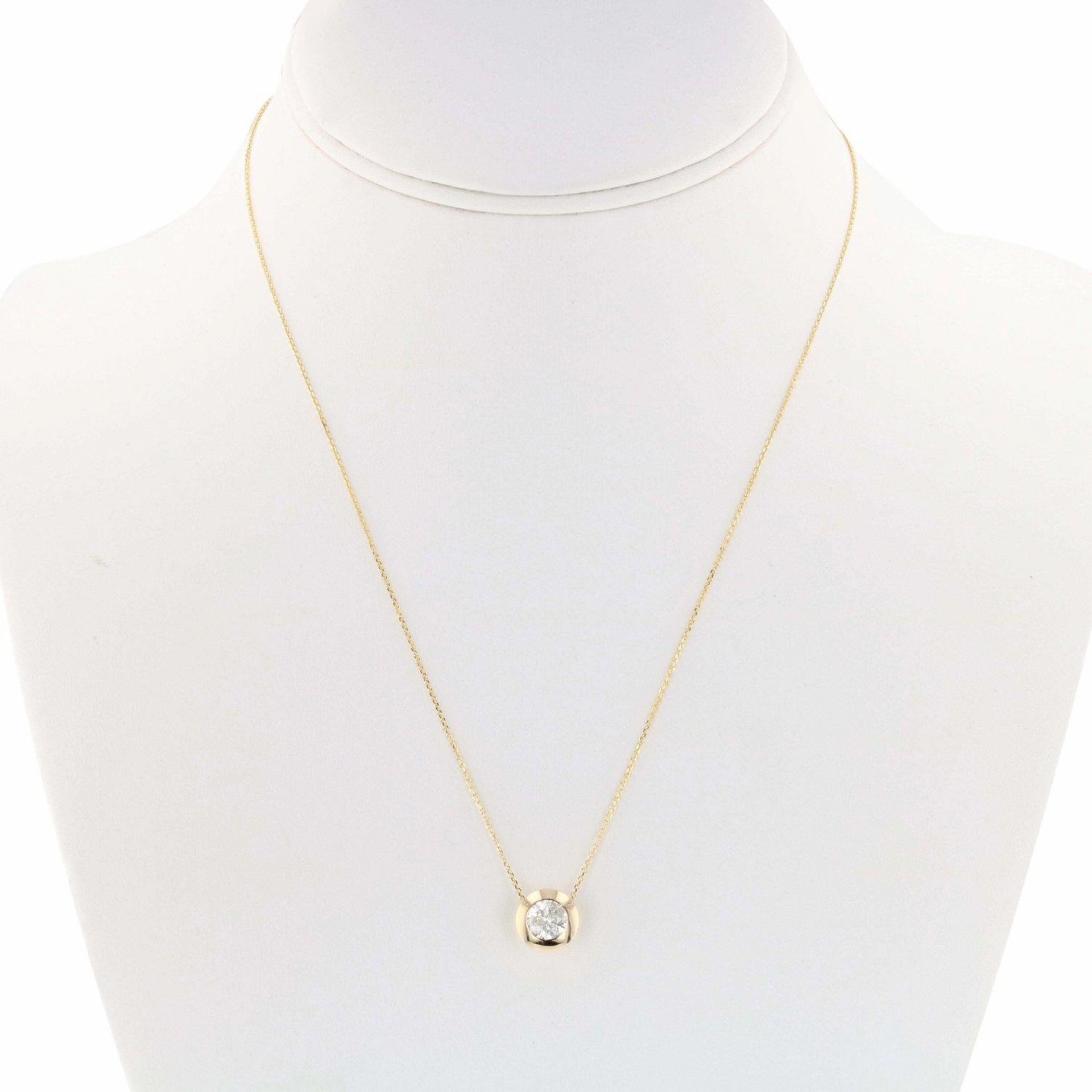 0.88ctw Diamond 14KT Yellow Gold Solitaire Pendant/Necklace